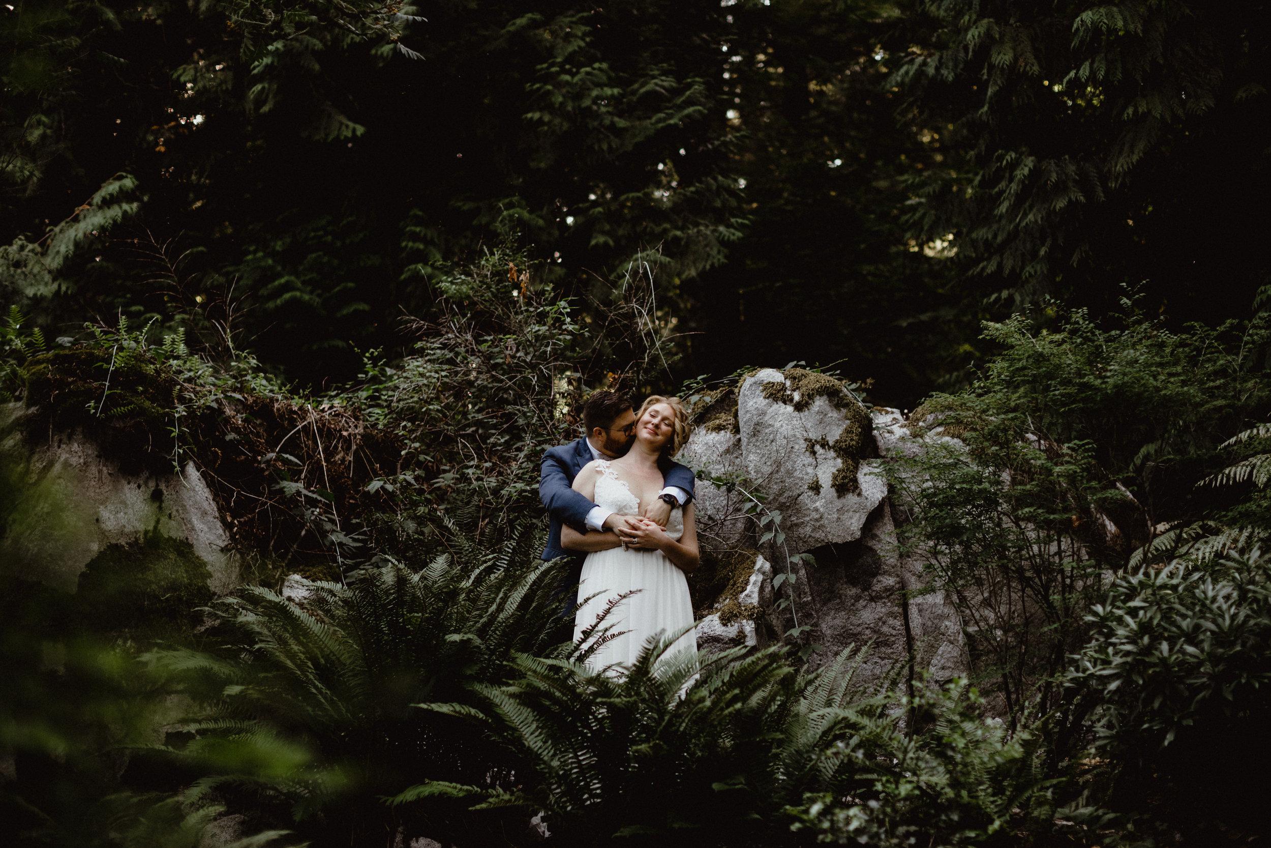west-vancouver-backyard-wedding-203.jpg