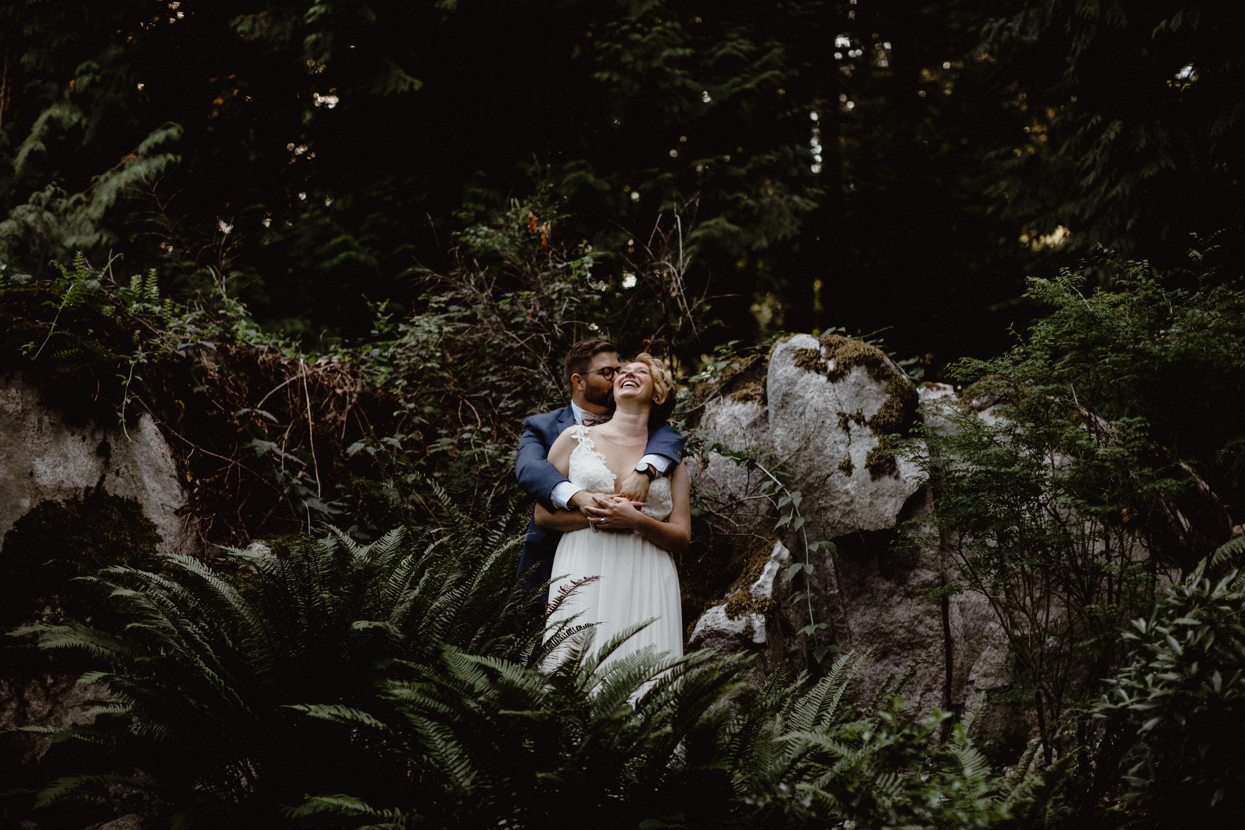 west-vancouver-backyard-wedding-204.jpg