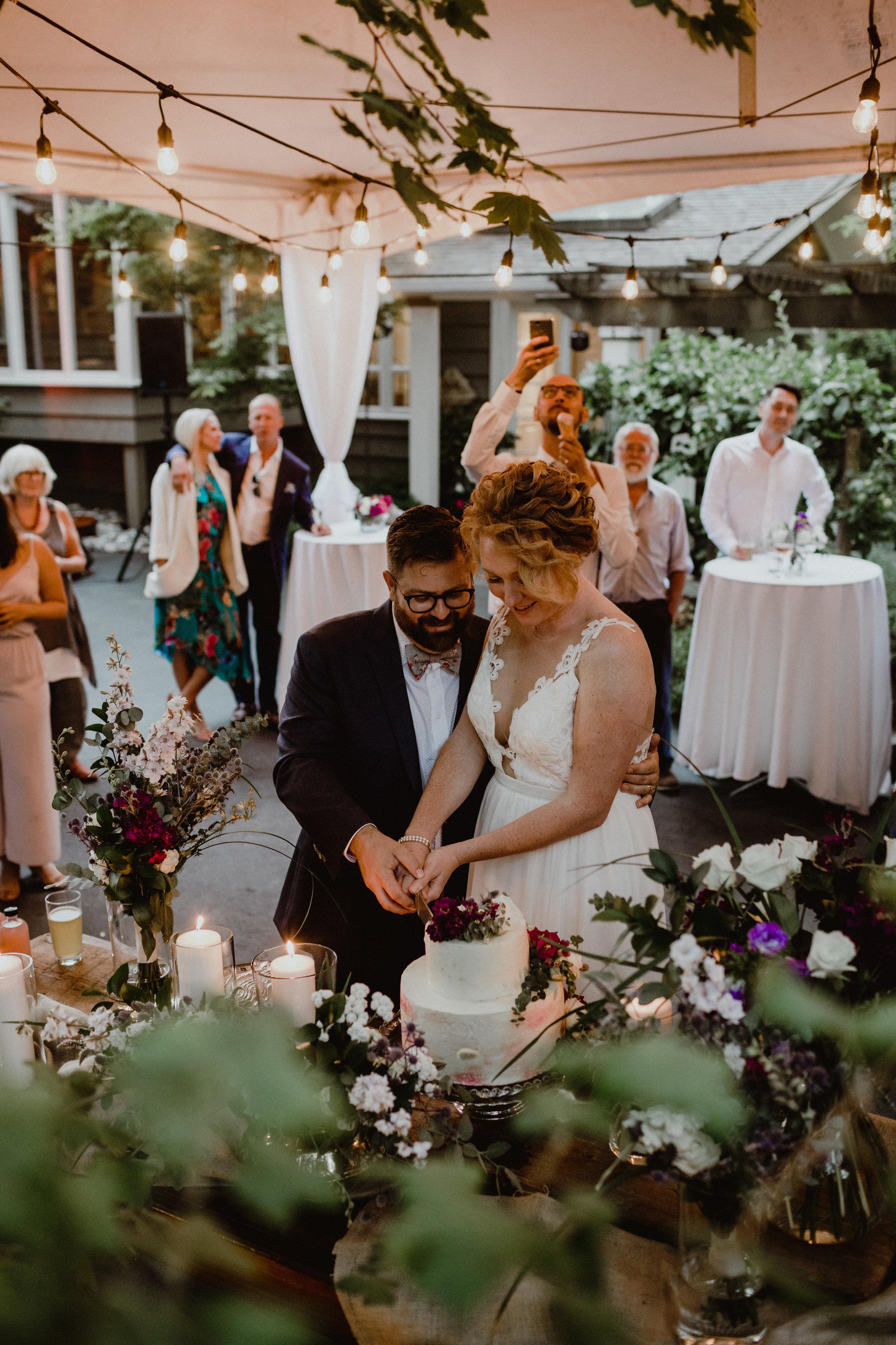 west-vancouver-backyard-wedding-270.jpg