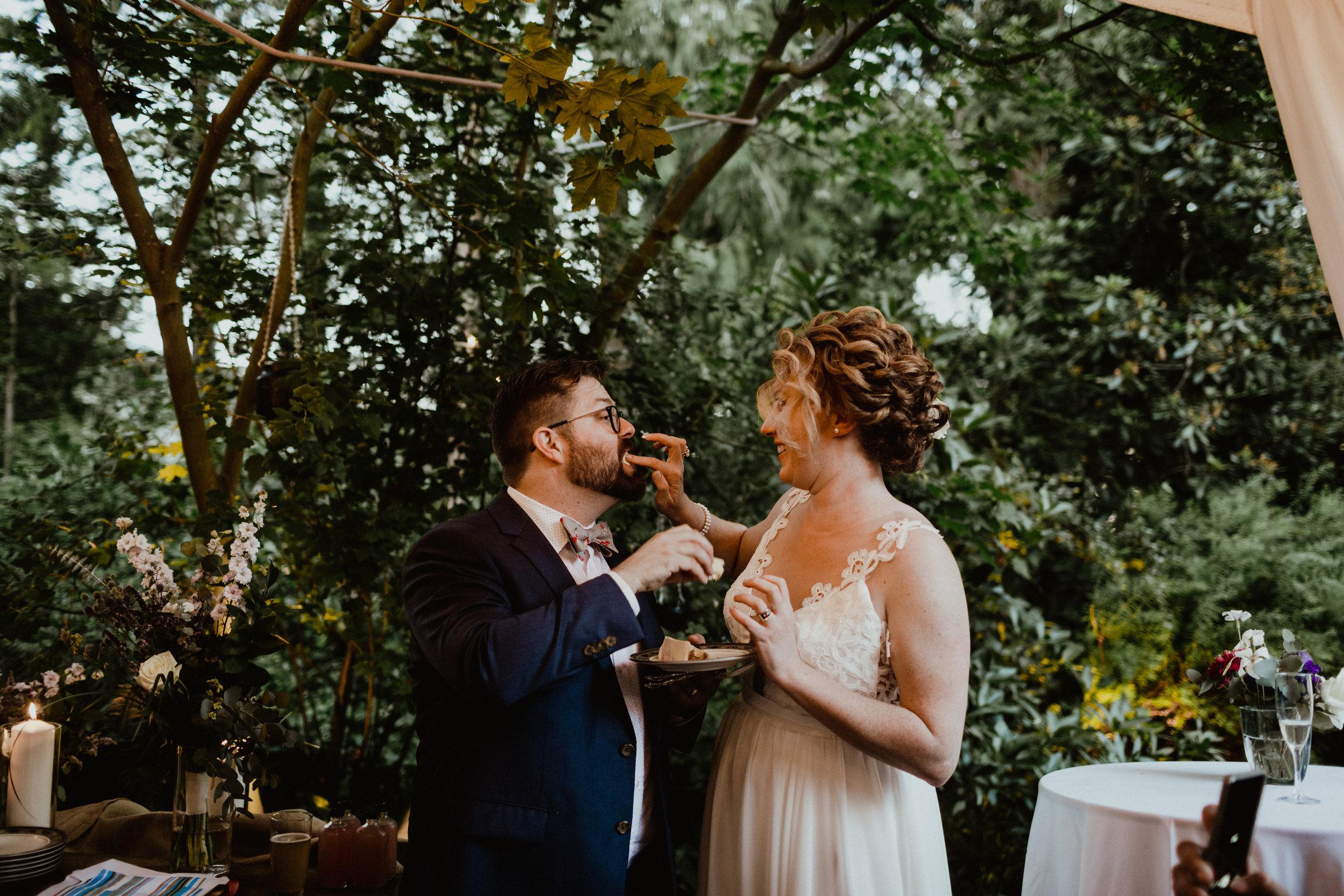 west-vancouver-backyard-wedding-272.jpg