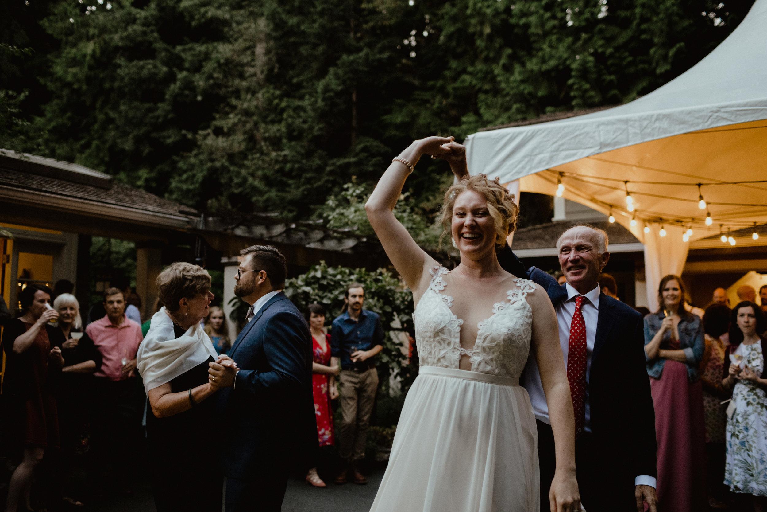 west-vancouver-backyard-wedding-276.jpg