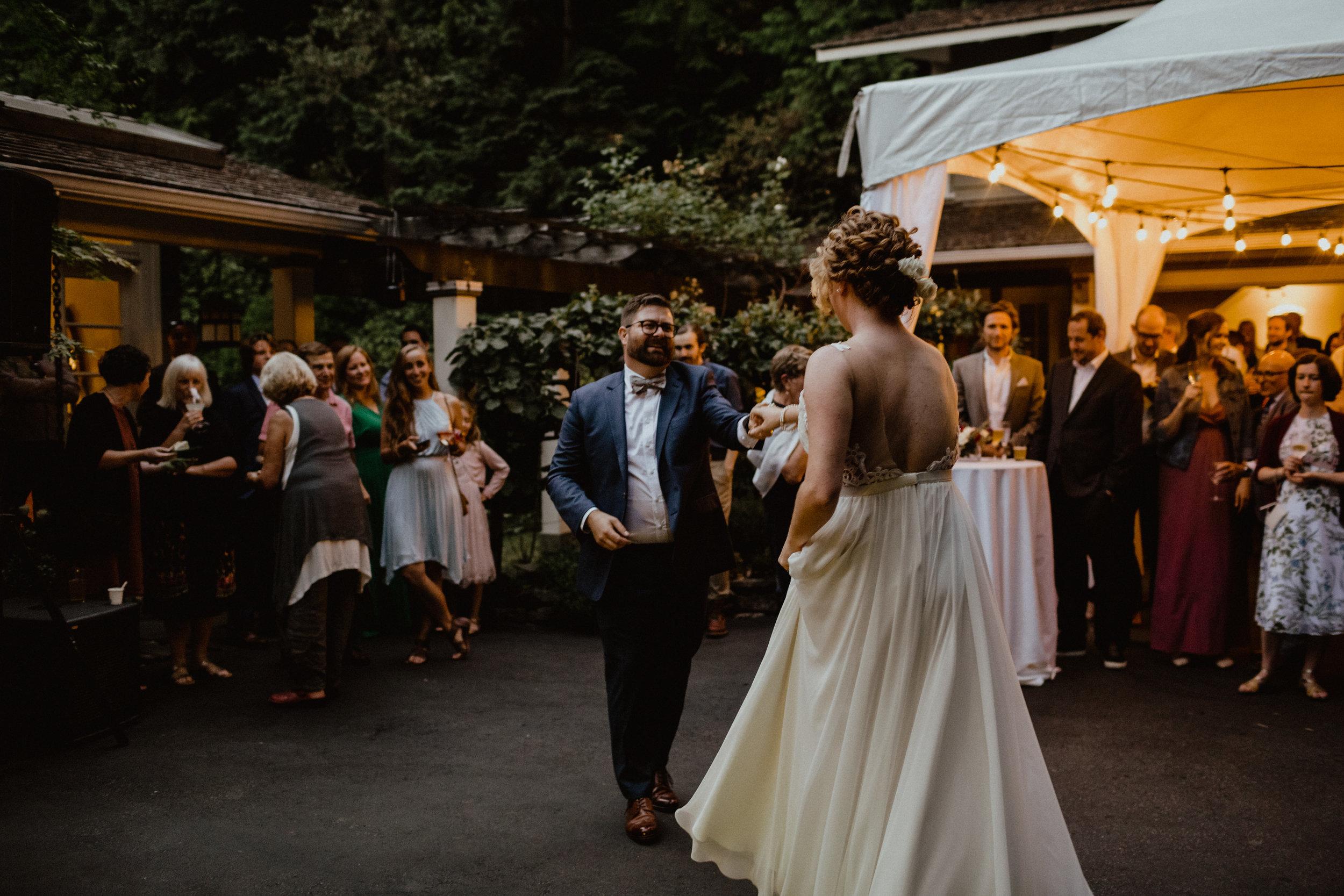 west-vancouver-backyard-wedding-287.jpg