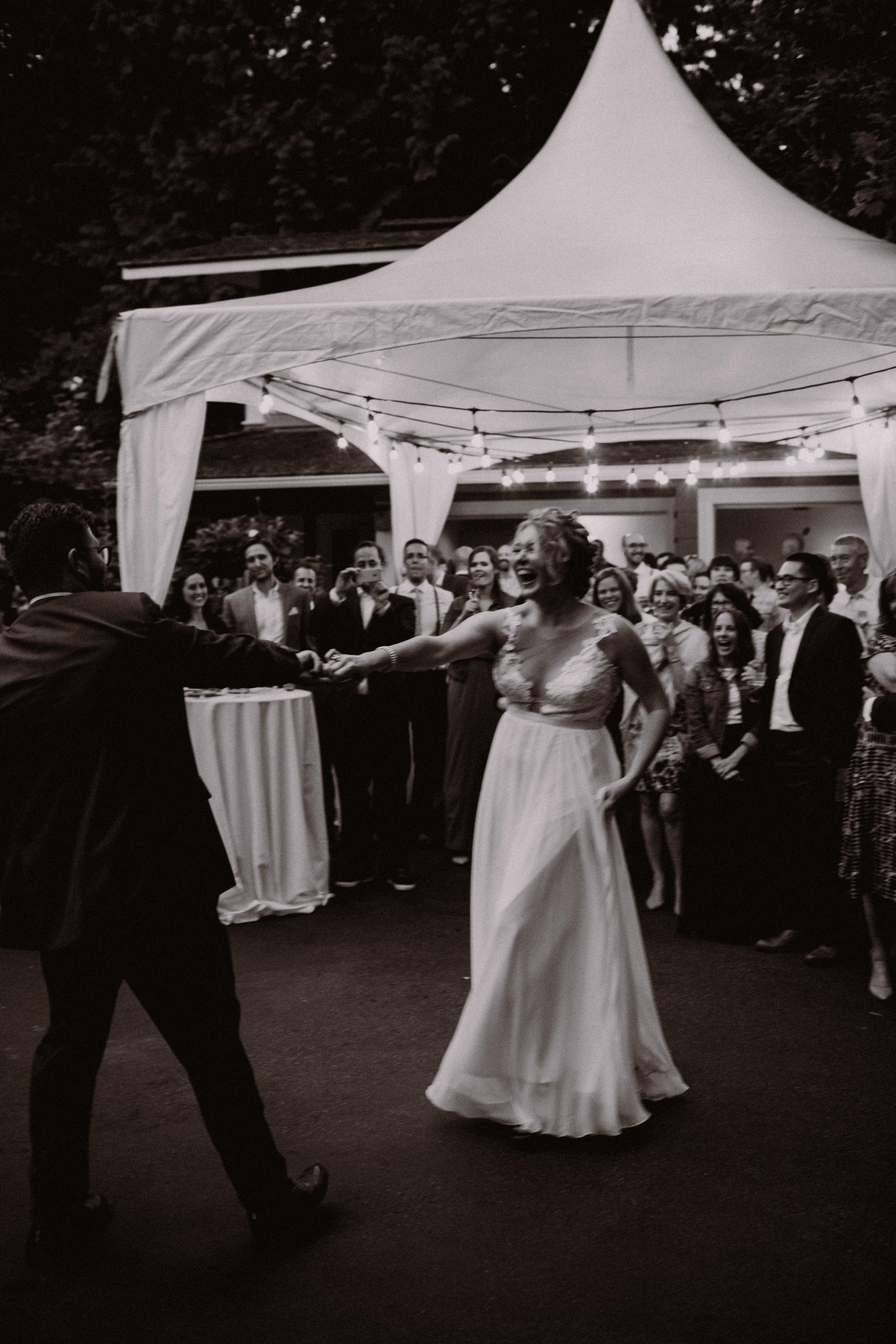 west-vancouver-backyard-wedding-294.jpg