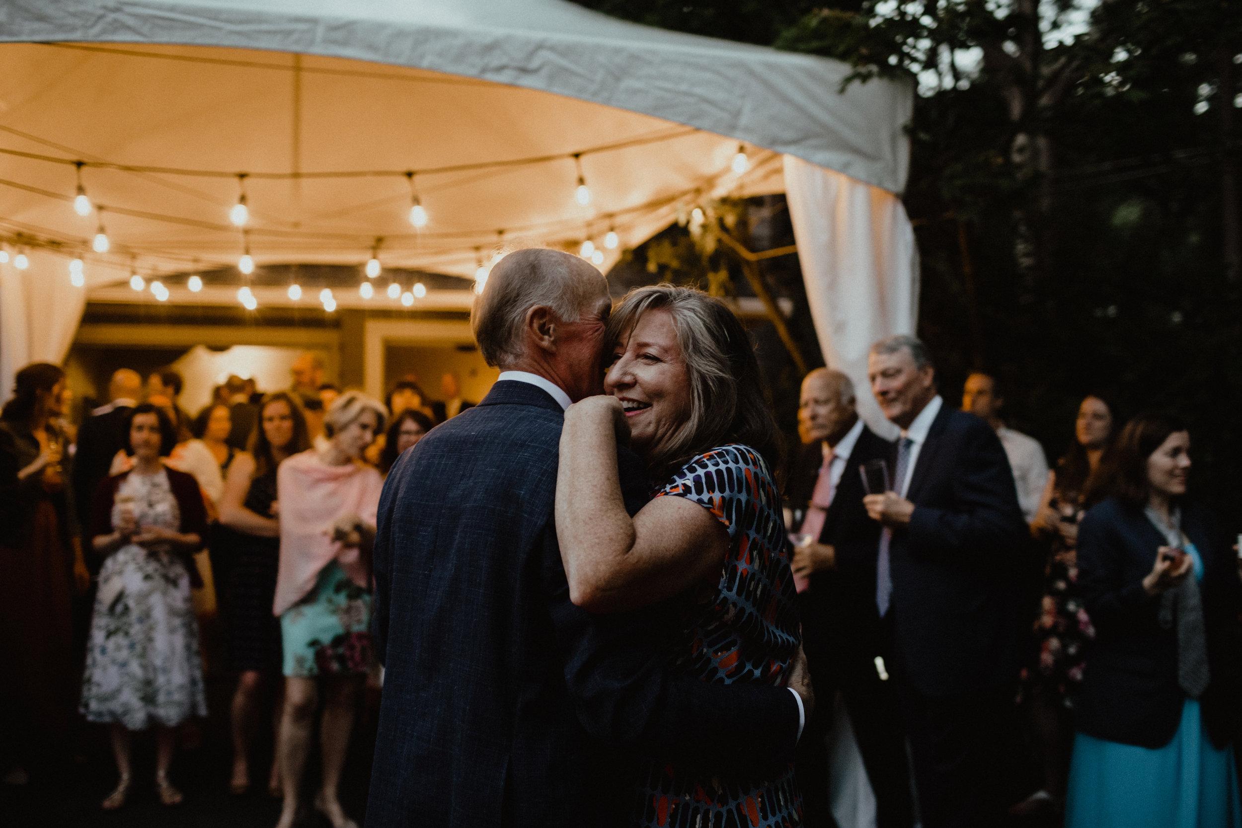 west-vancouver-backyard-wedding-297.jpg