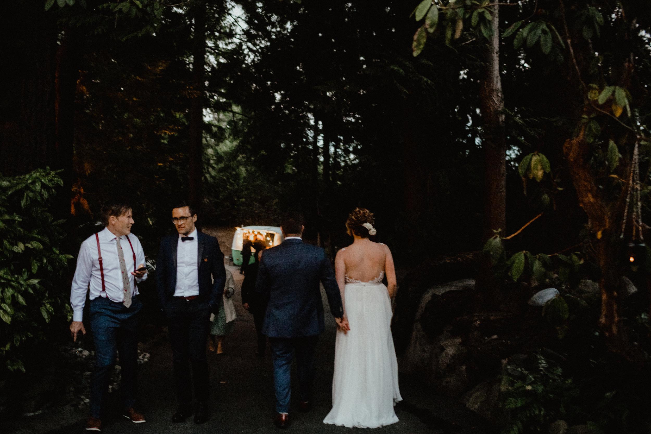 west-vancouver-backyard-wedding-309.jpg