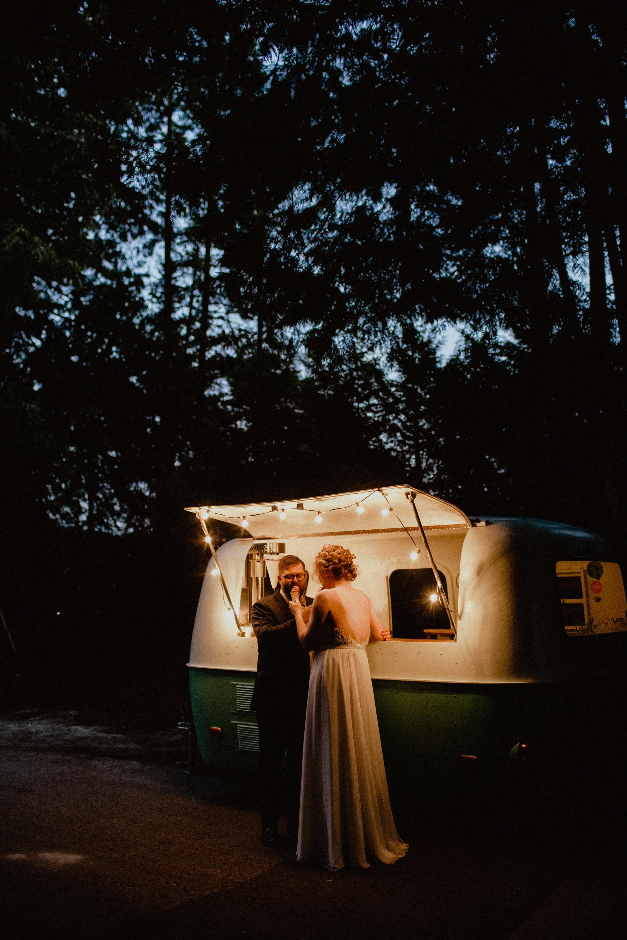 west-vancouver-backyard-wedding-315.jpg