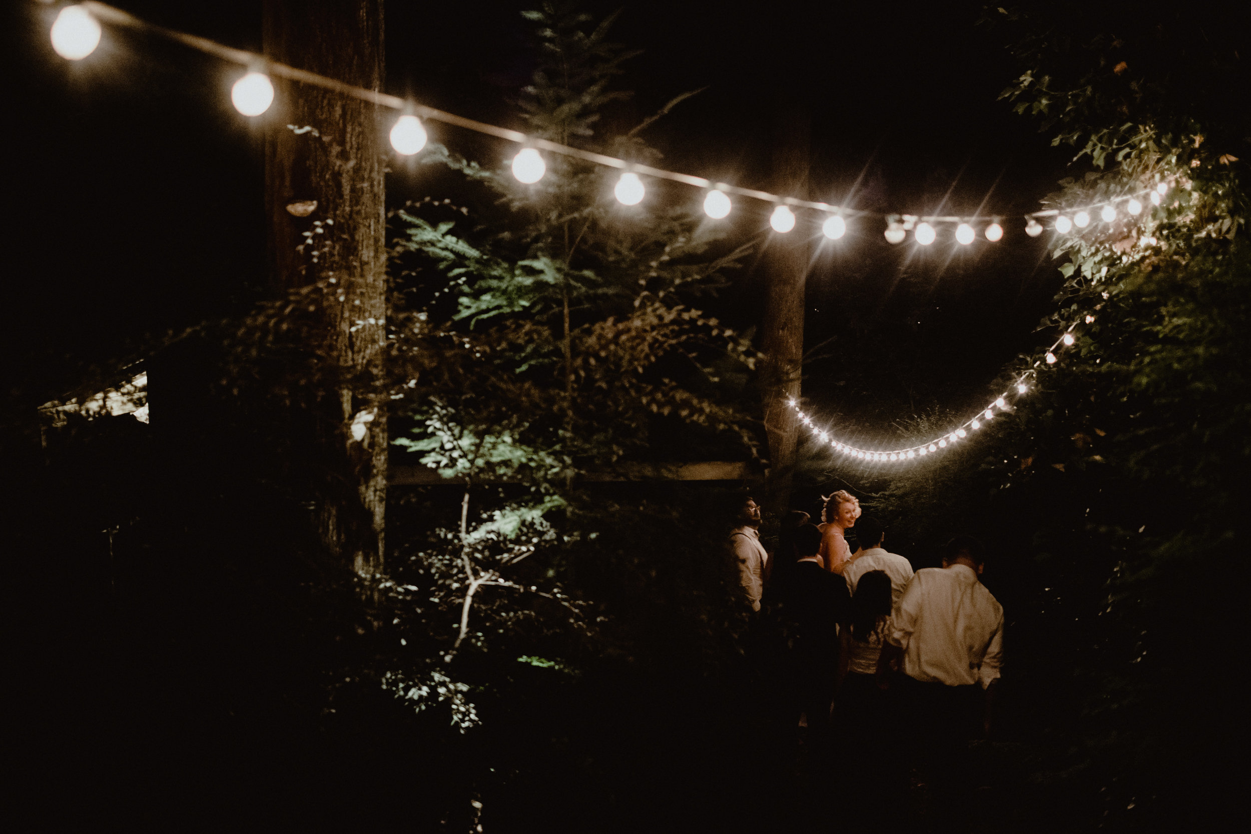 west-vancouver-backyard-wedding-333.jpg