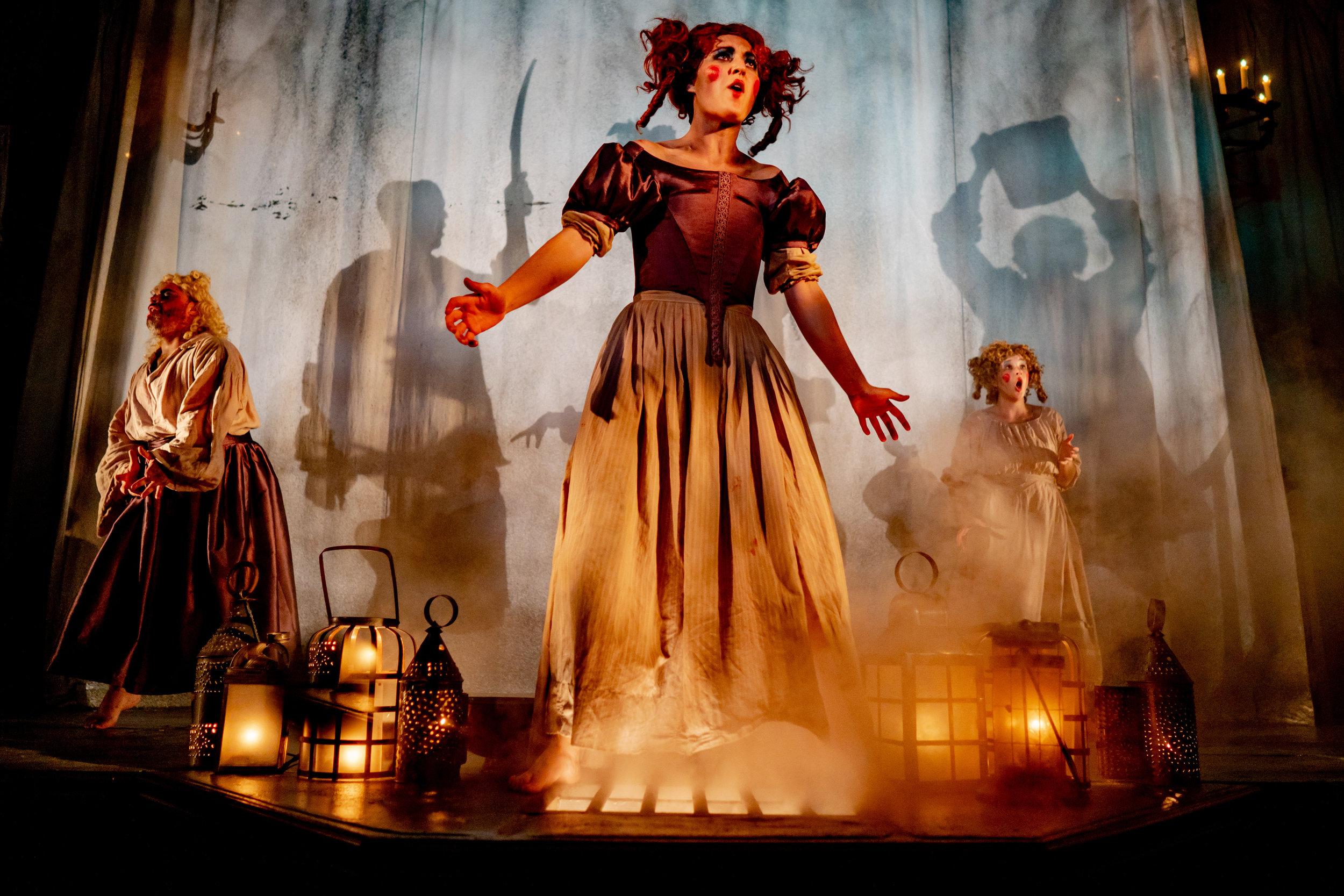 Folger Theatre-Macbeth-Brittany Diliberto -300.jpg