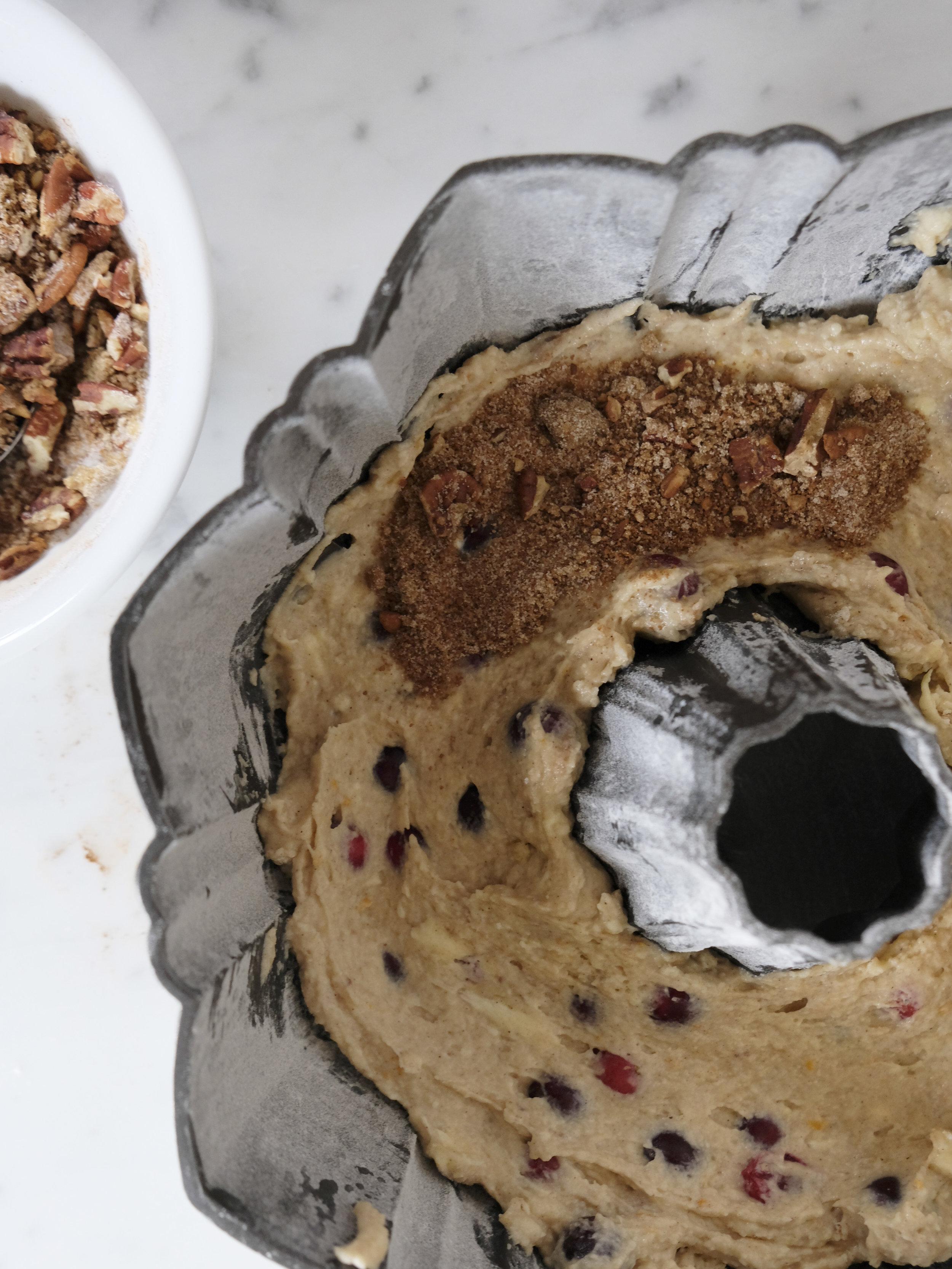 bowtiebaking-cranberry-pecan-bundt-cake05