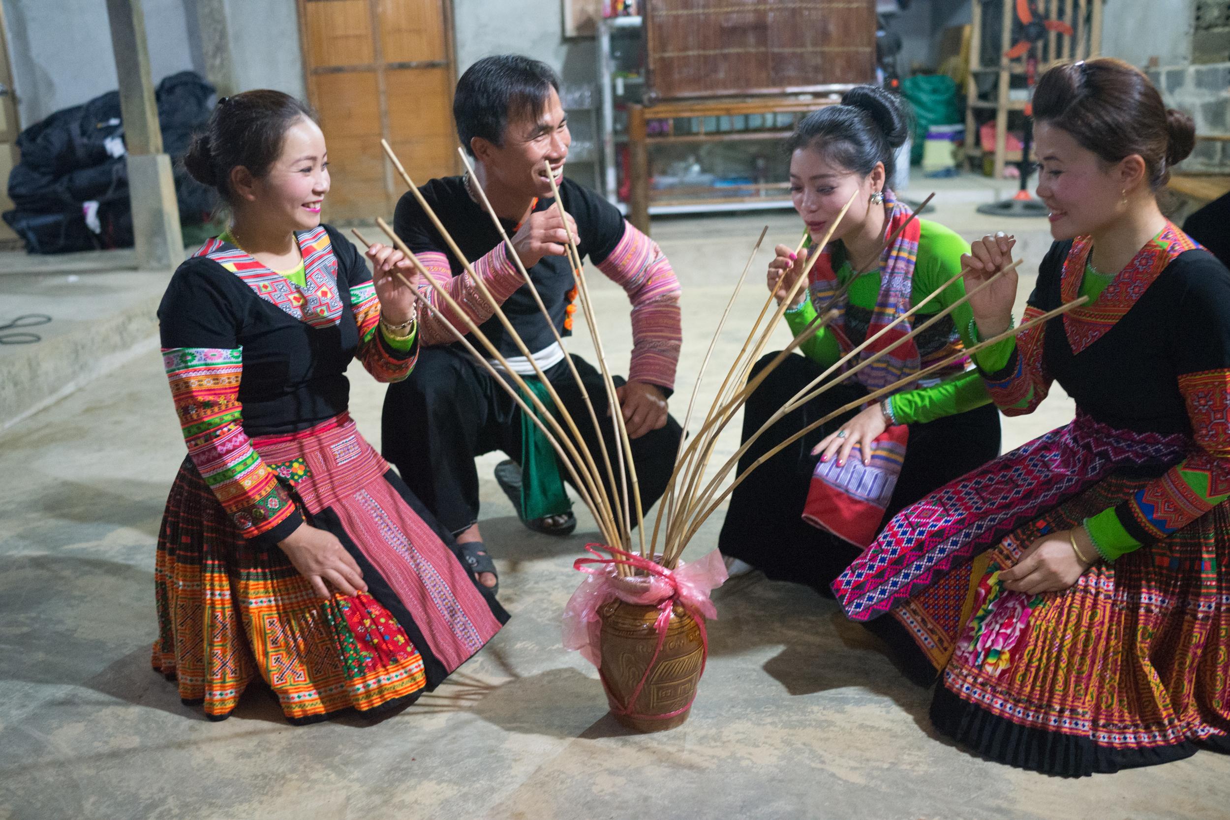 love-the-locals-vietnam-mai-chau-apr-2017_0101.JPG