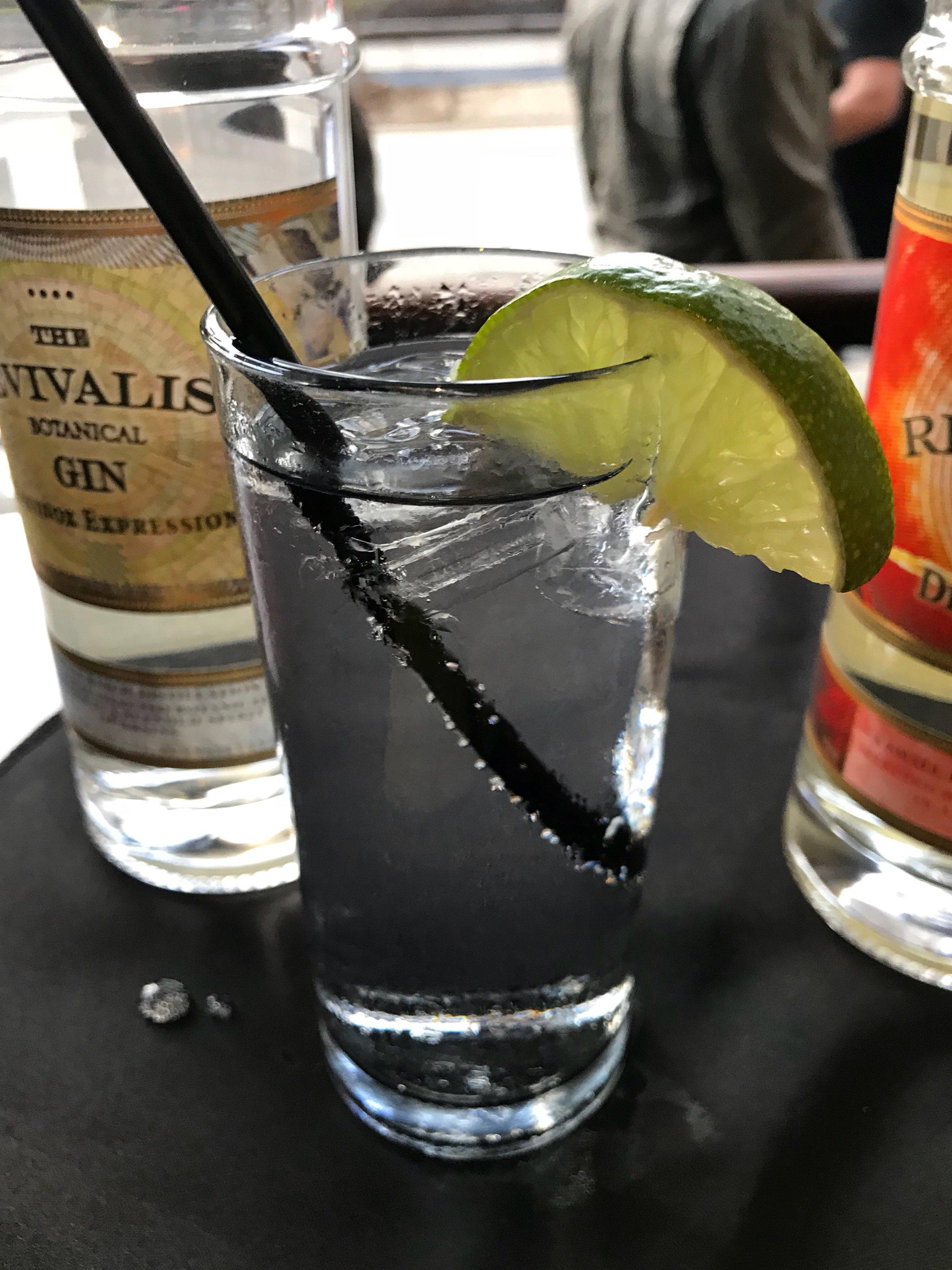 Gin & Club