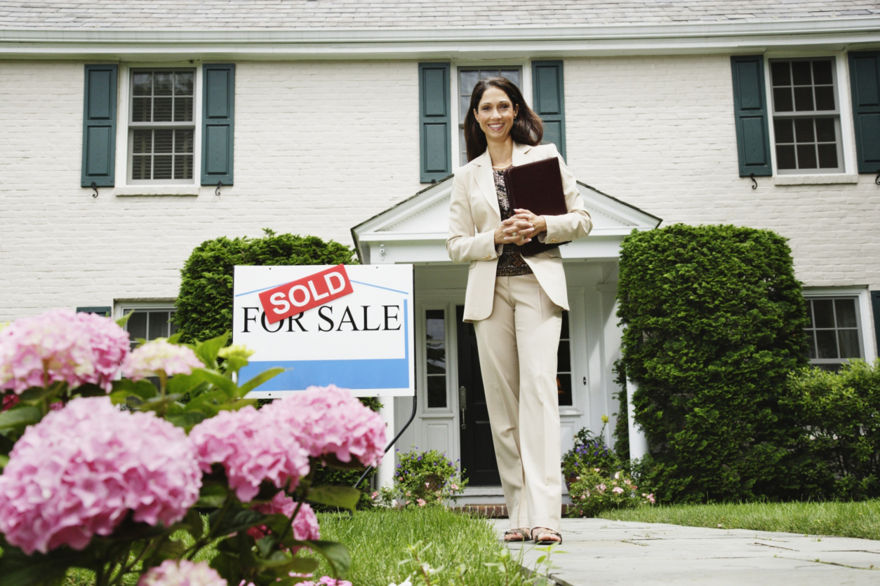 Get your clients home SOLD faster with digital marketing.