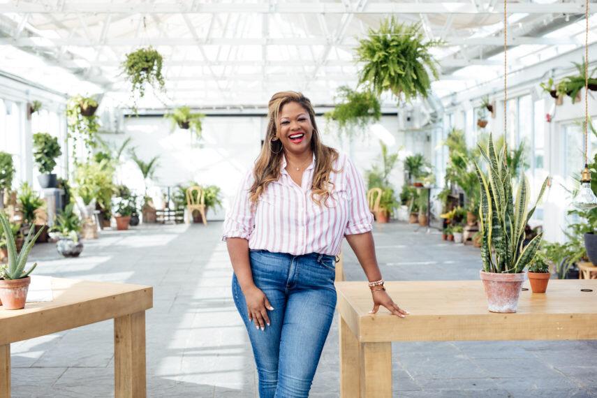 Rosaylnn Daniels Lifestyle Brand, Influencer, & Photographer