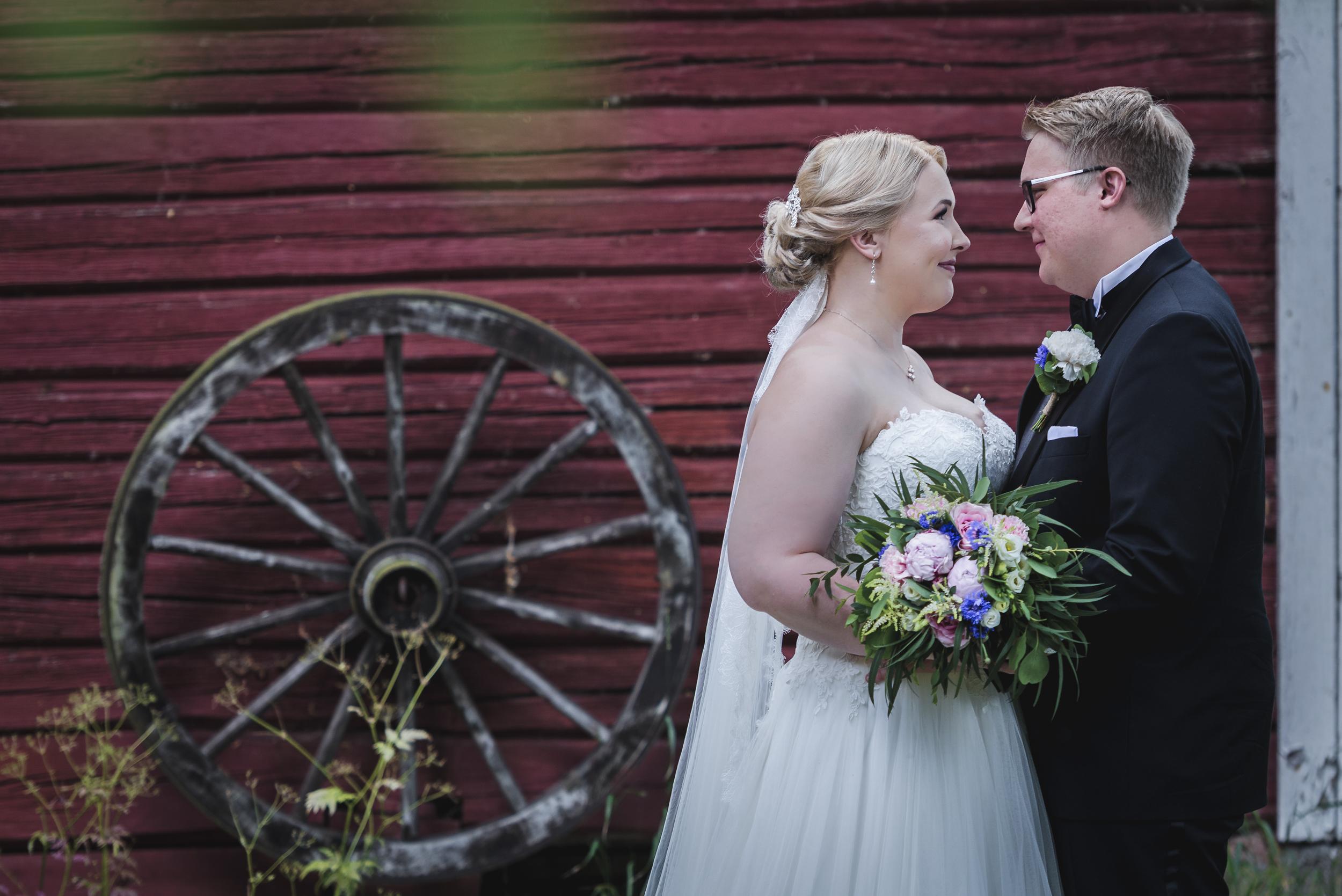 Emma ja Joel potretit-1.jpg