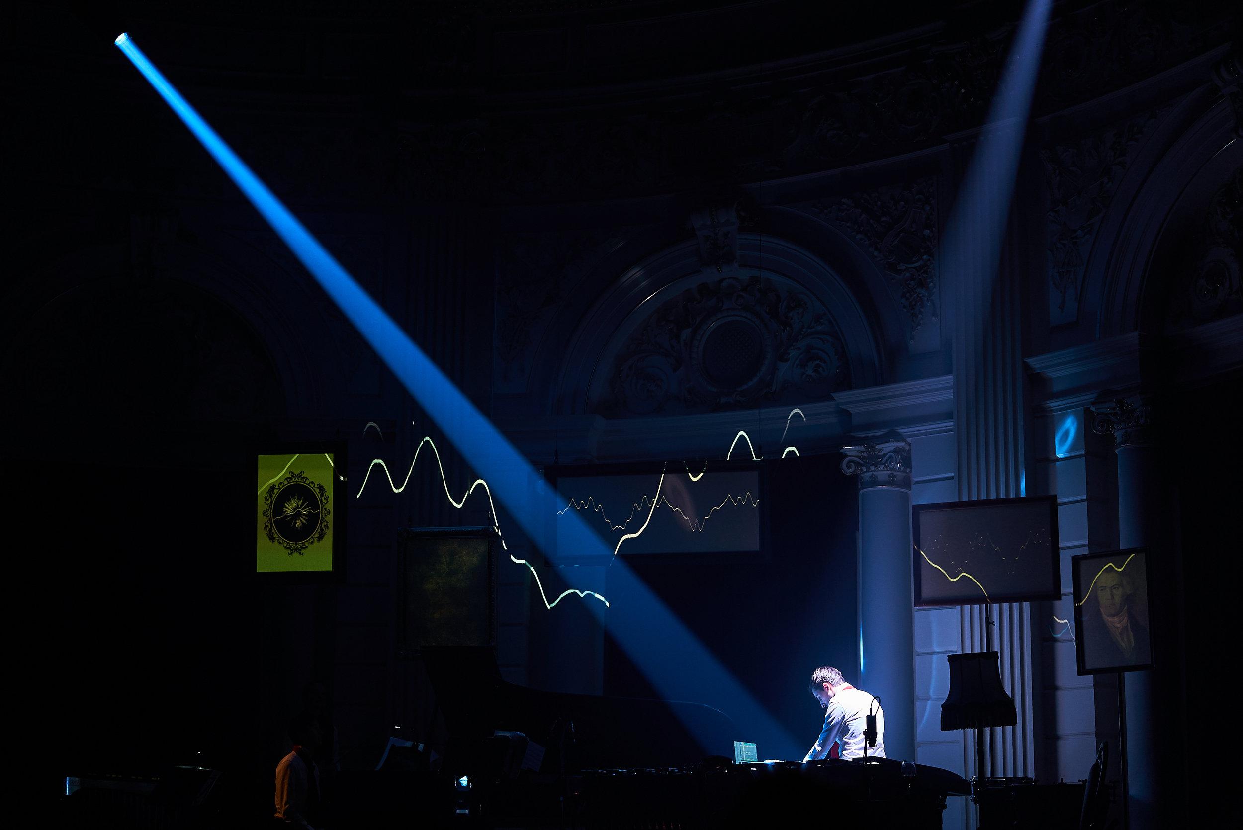 _2019-03-01_Concertgebouw_Tomek-Dersu-Aaron_031.jpg