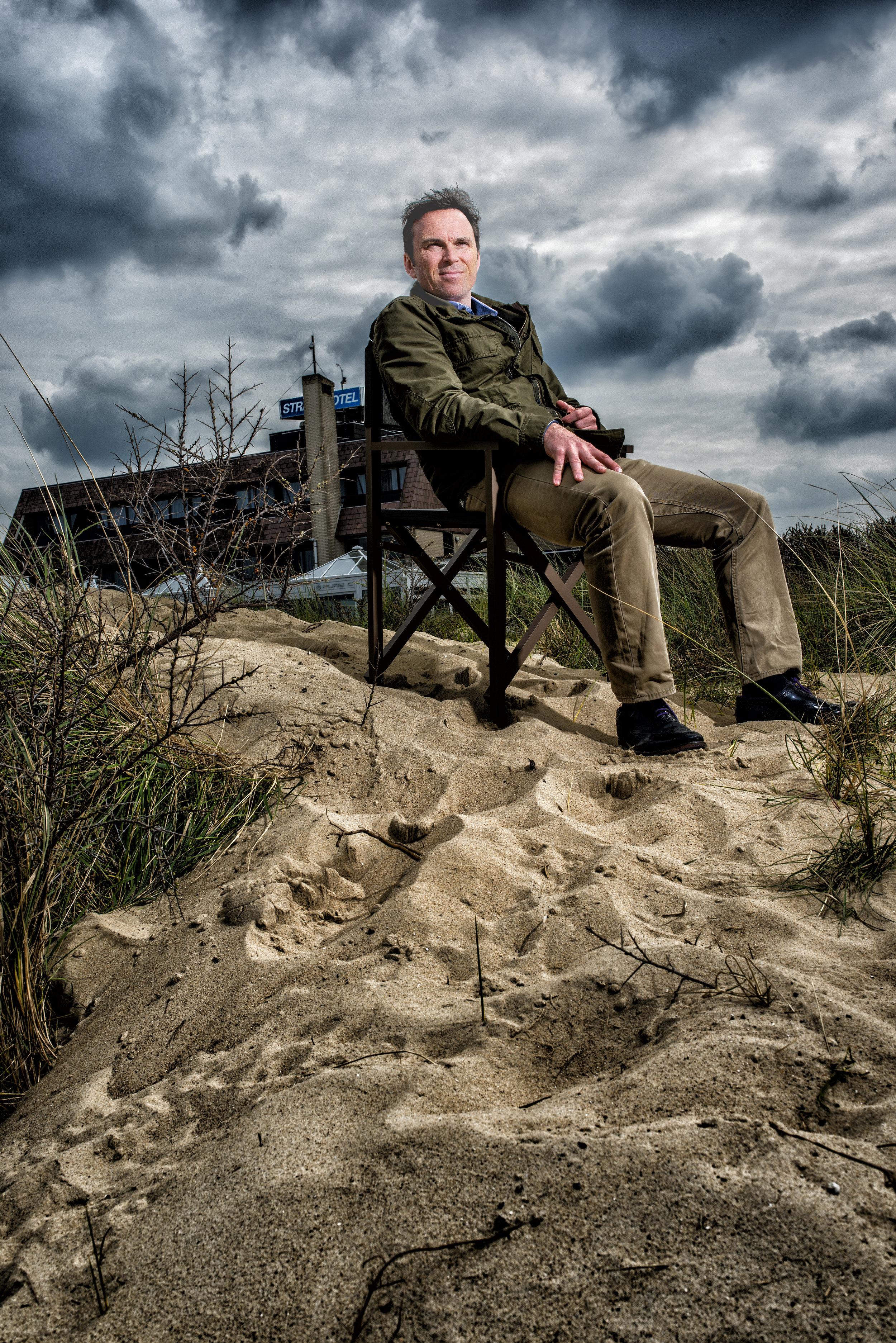 Beach hotelmanager in Cadzand Belgium for LXRY-magazine