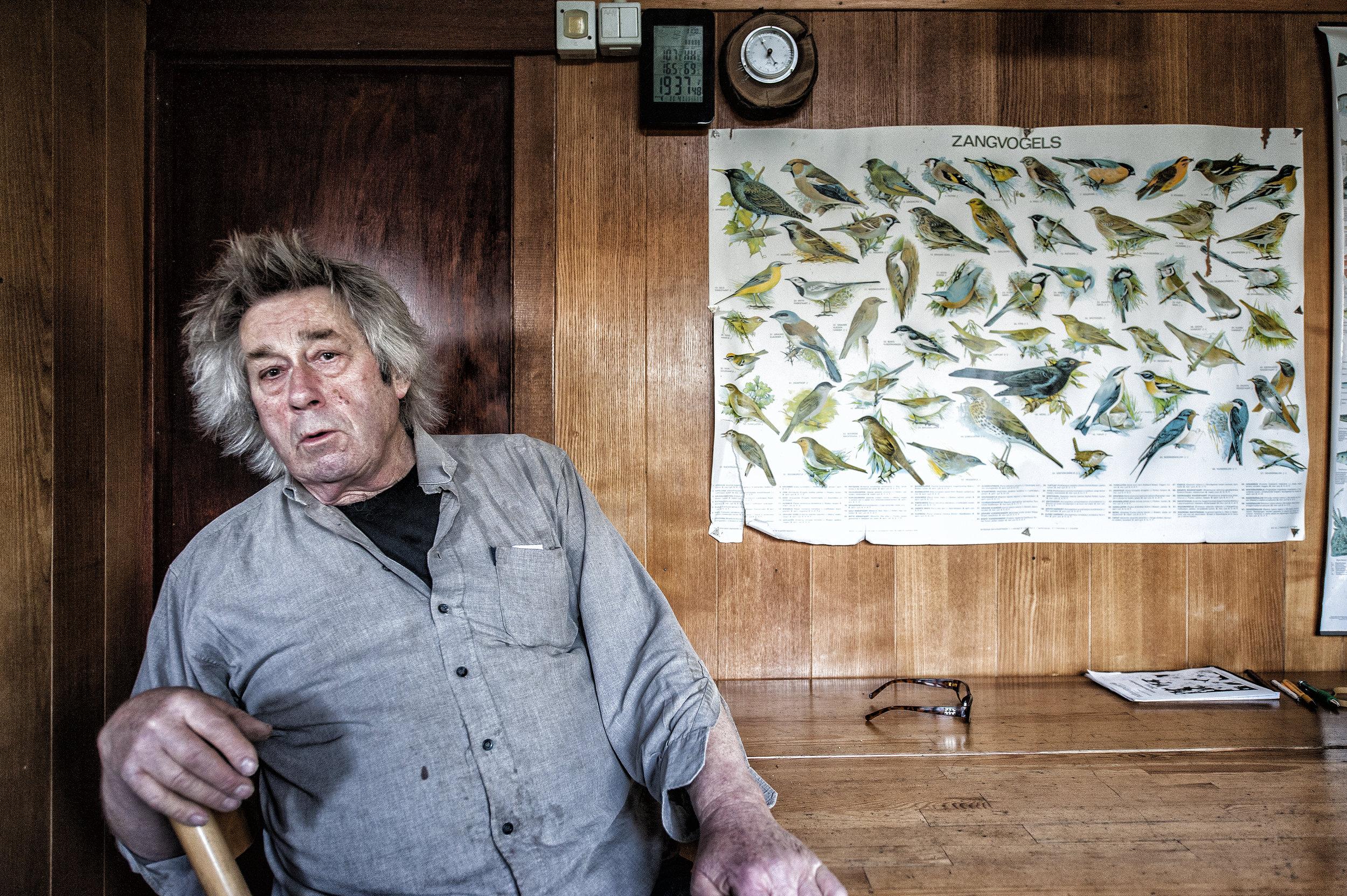 Beachcomber Piet Jansen in Cadzand-Belgium for LXRY-magazine