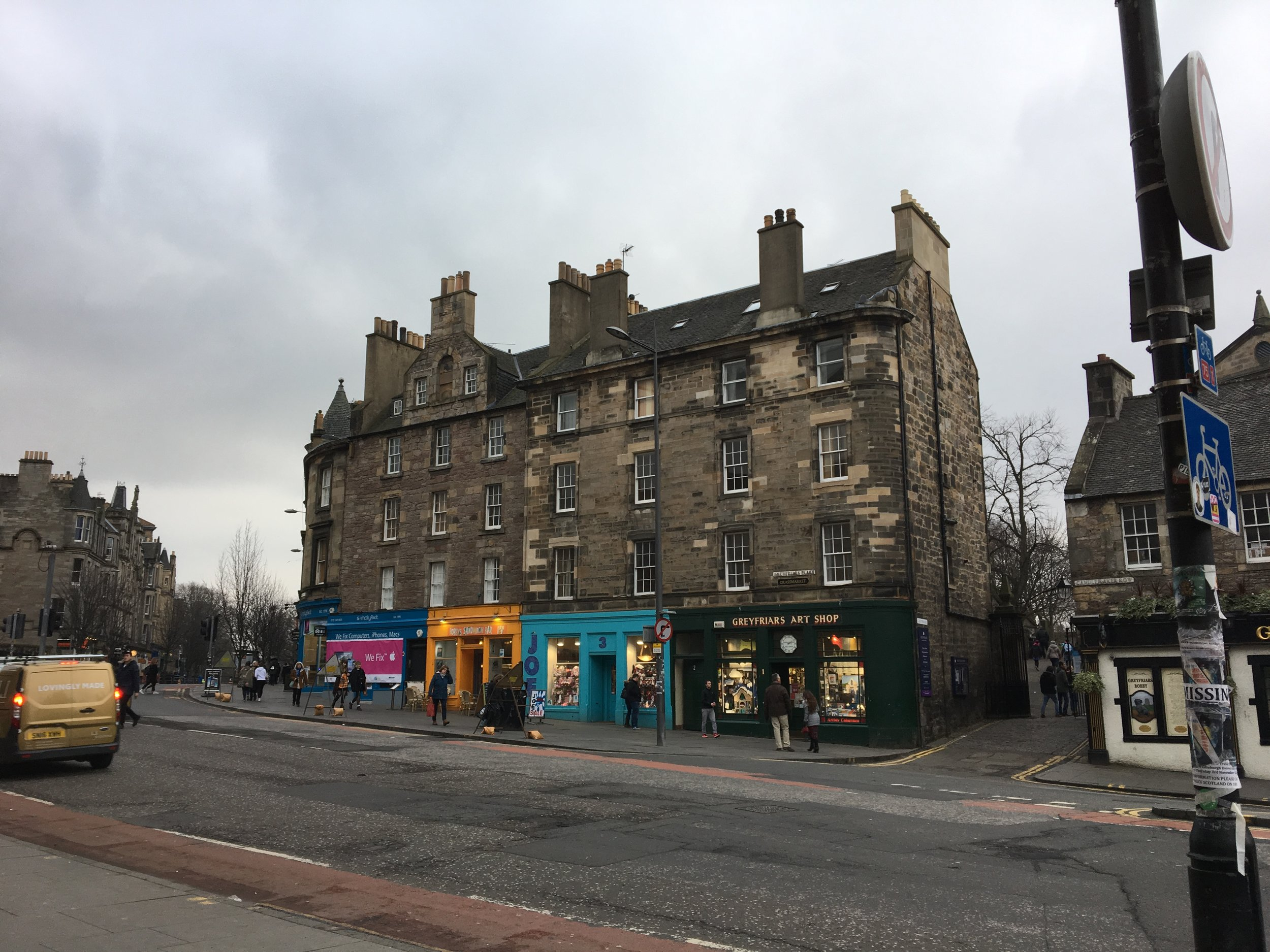 Buildings beside Greyfriar's