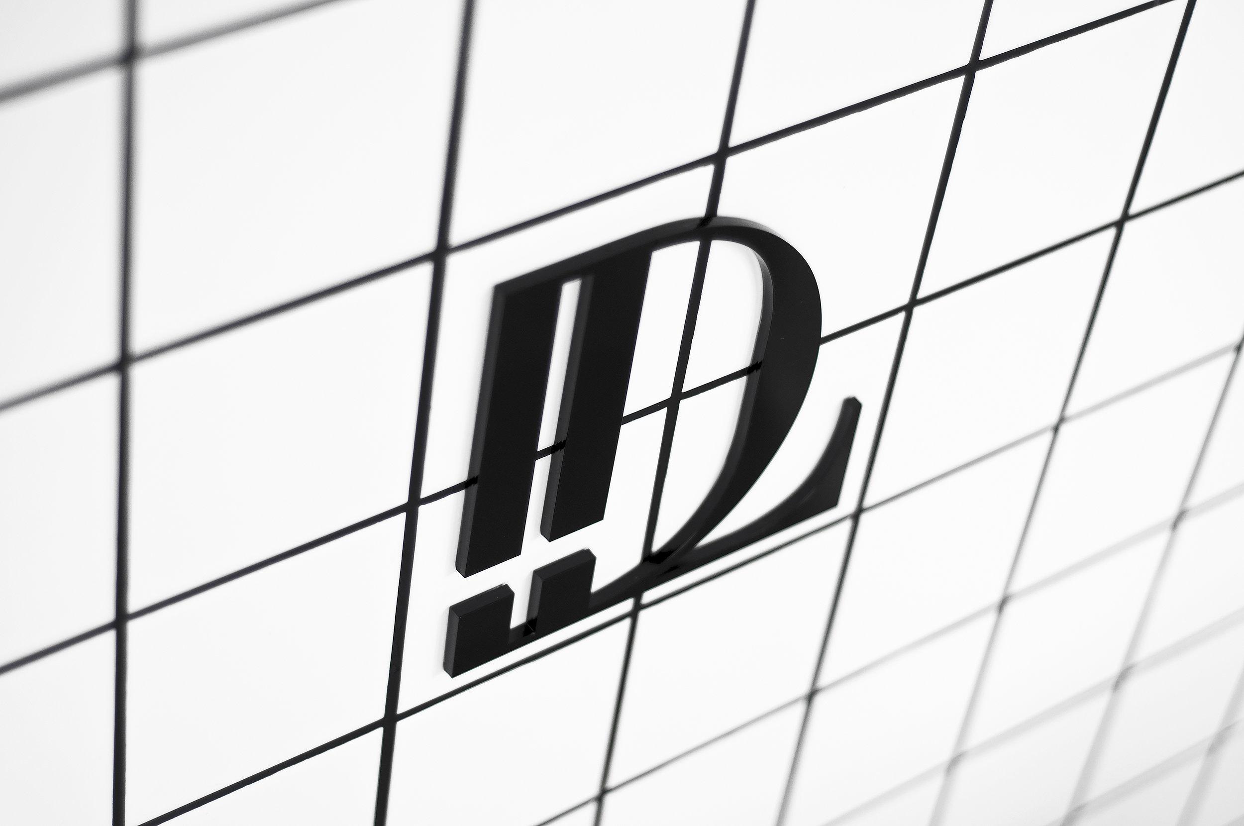 detail_logo.jpg