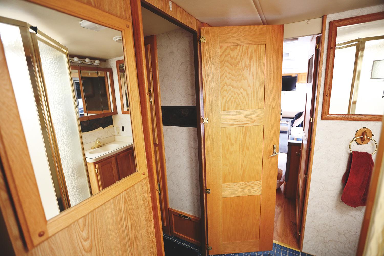 Serenica Landship: Bathroom suite // Door to toilet closet-room