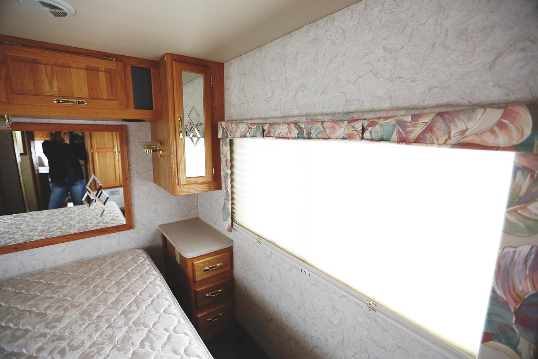 Serenica Landship: Bedroom looking right