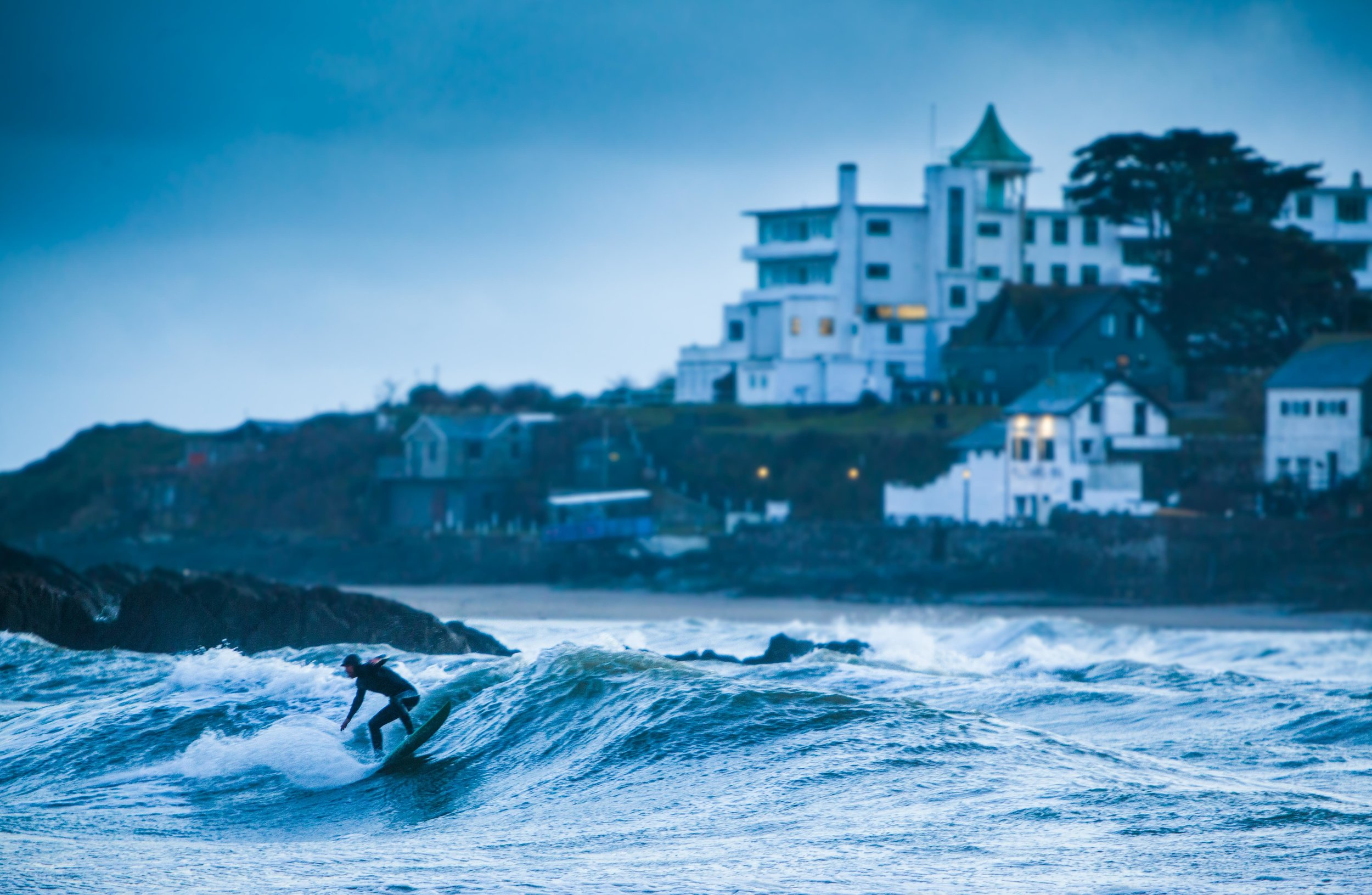 Chally Surf Dark-6.jpg