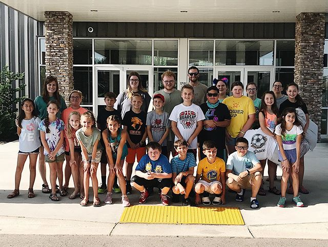 Off to camp we go!!!! 🤗🏕 be in prayer for these kiddos & leaders this week! #journeykids #campsiloam