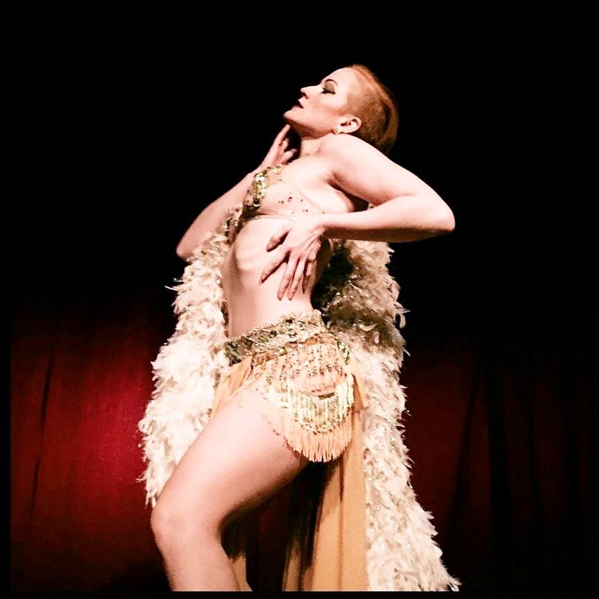 Burlesque Performer