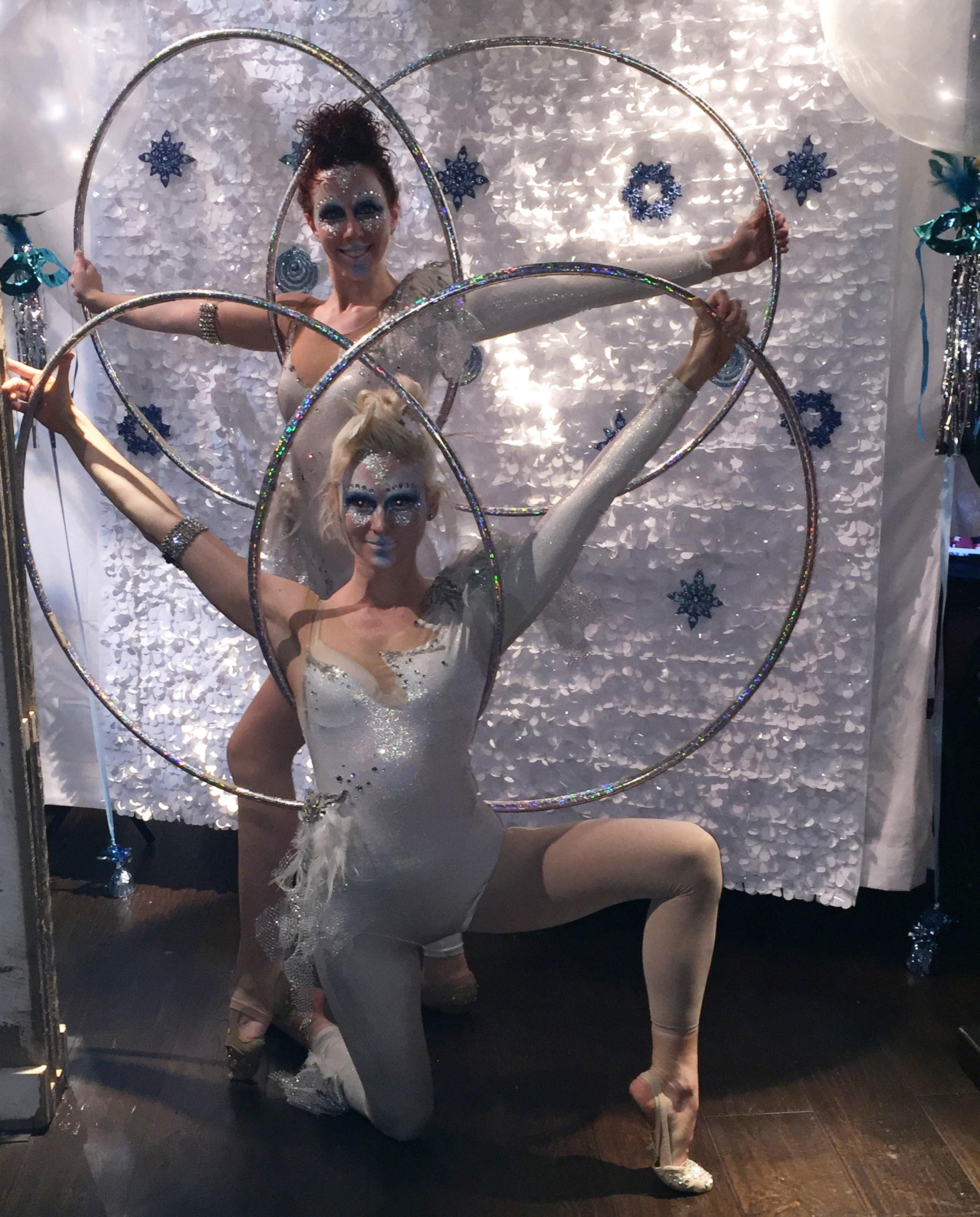 Cirque Central Francis and Sam Multi Hoops winter wonderland tb alliance.JPG