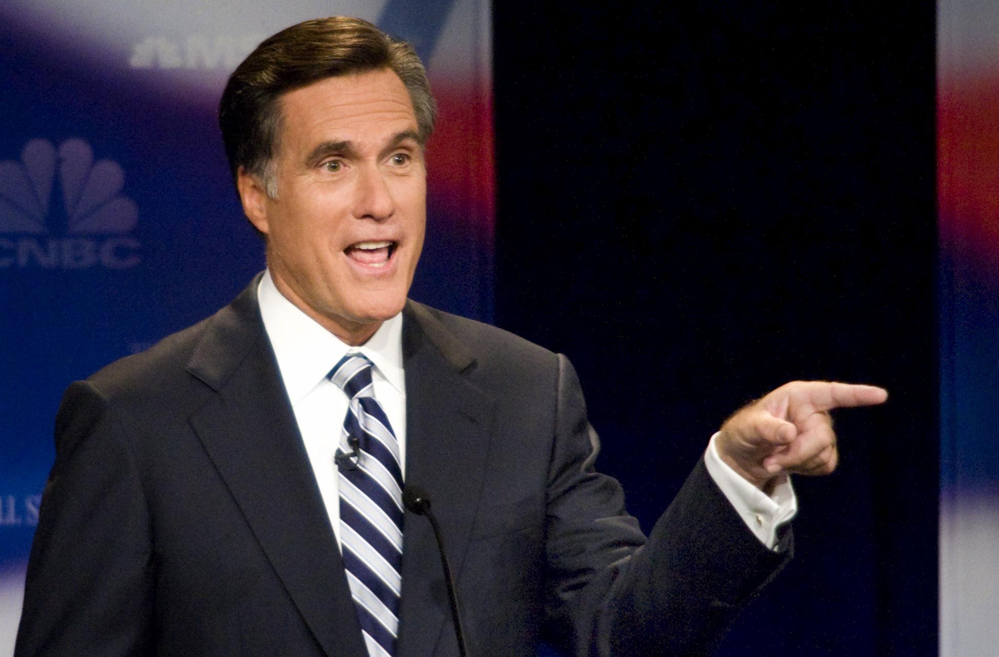 Romney-pointing-right.jpg