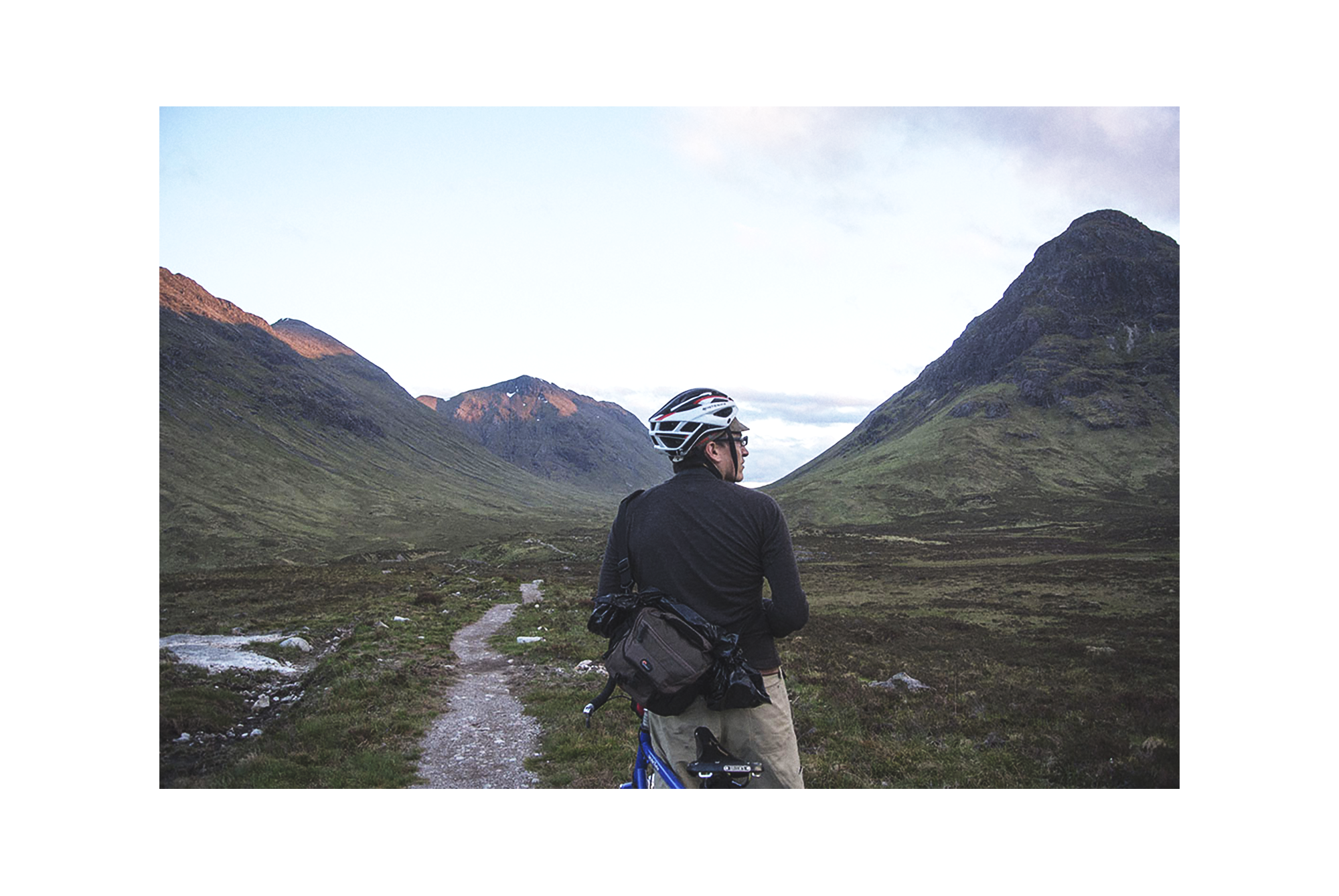 Bunyan VeloGlencoe Patch - Lucas Winzenburg of Bunyan Velo, an online cycling magazine, wanted a promotional piece to send out to his contributors and dedicated readers. He felt that a patch representing the essence of cycling adventures was the perfect way to show his thanks.