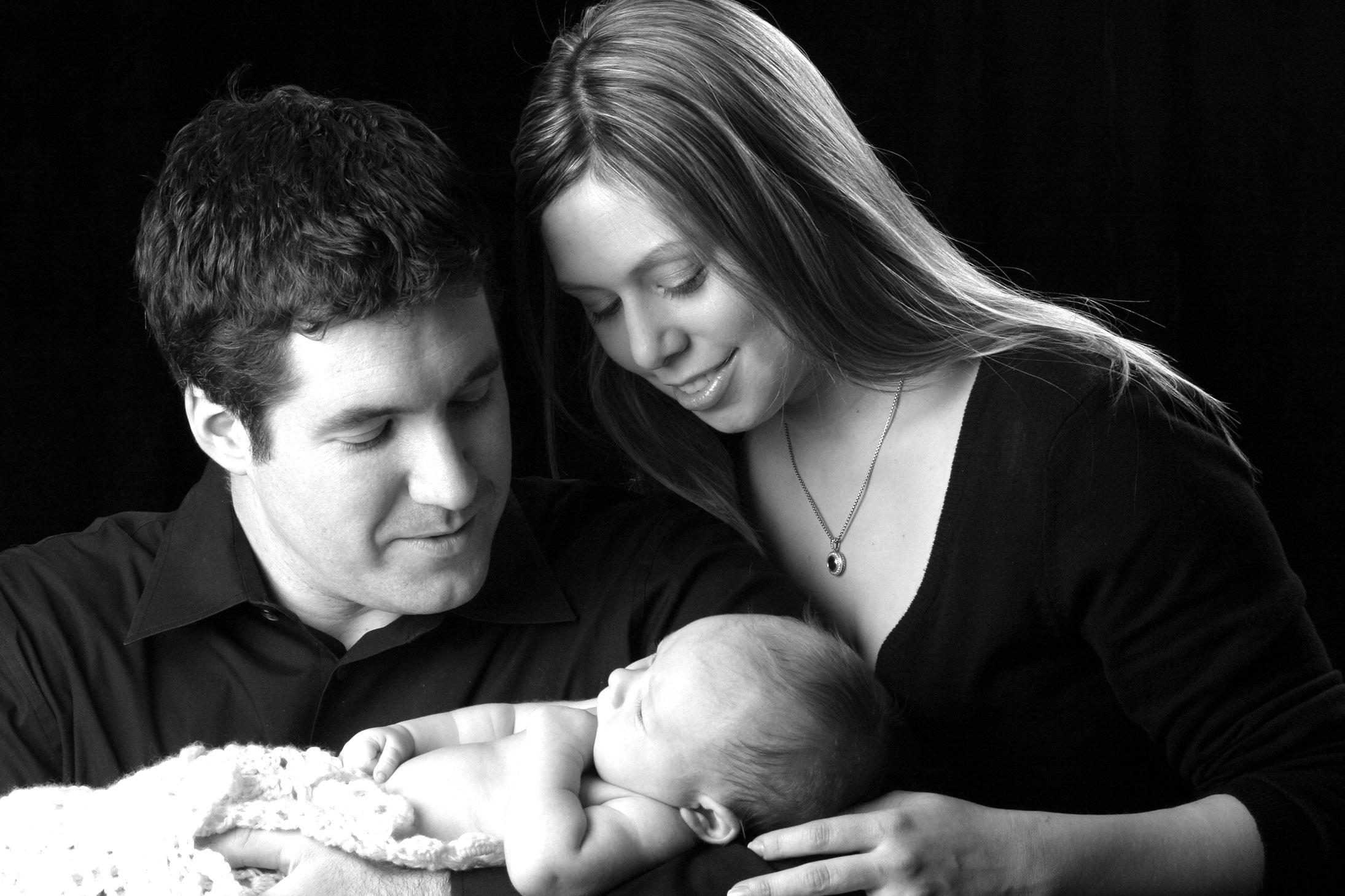 RVA-Newborn-Portrait-Hunter-Henkel-Photography.jpg