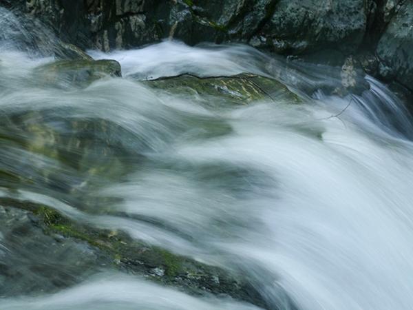 watermotion2sm.jpg