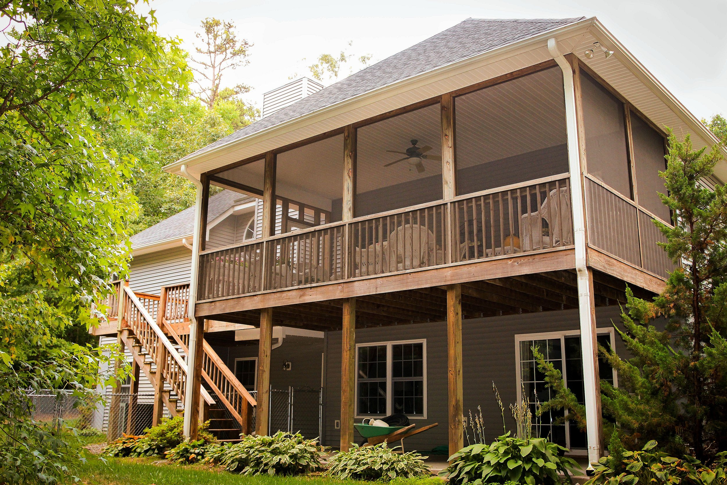 curb-appeal-painting-deck-repair-cleveland-oh.jpg