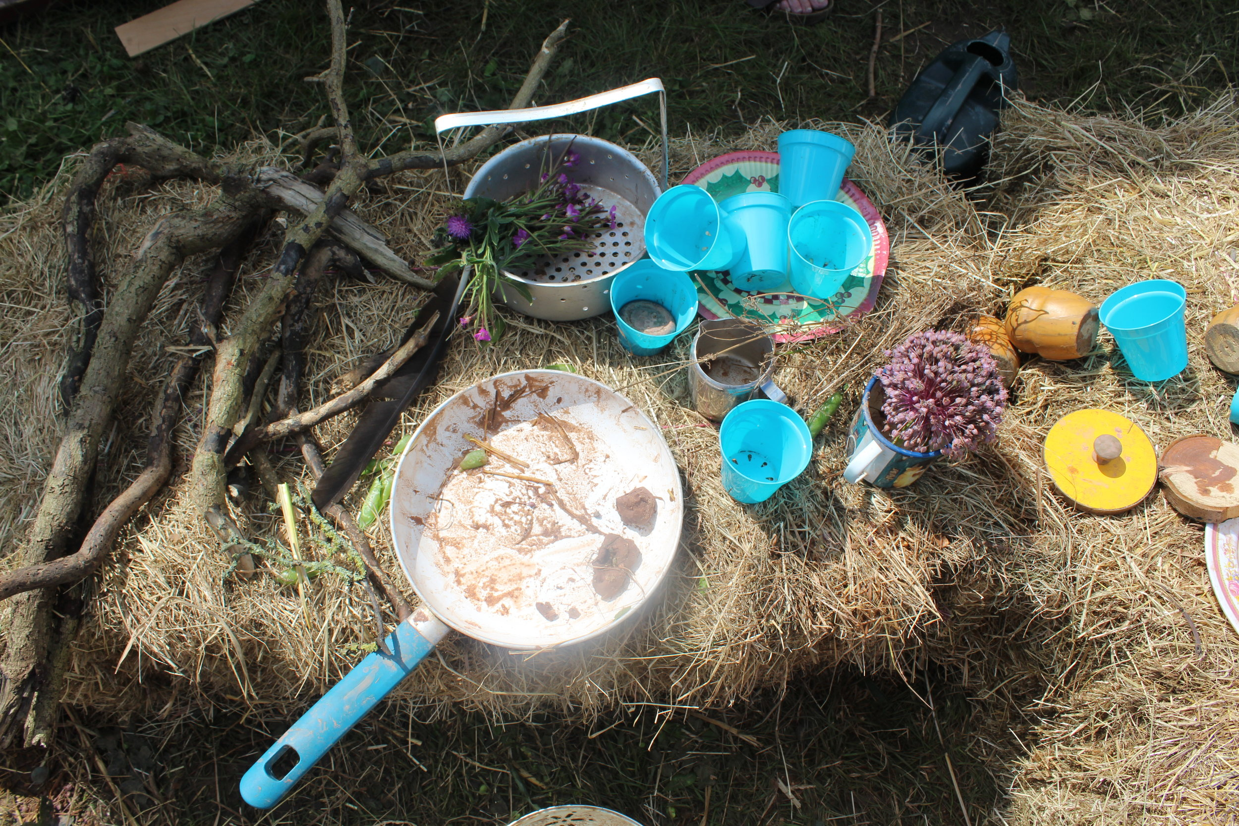 Our impromptu Mud Kitchen at Fieldview Festival 2017