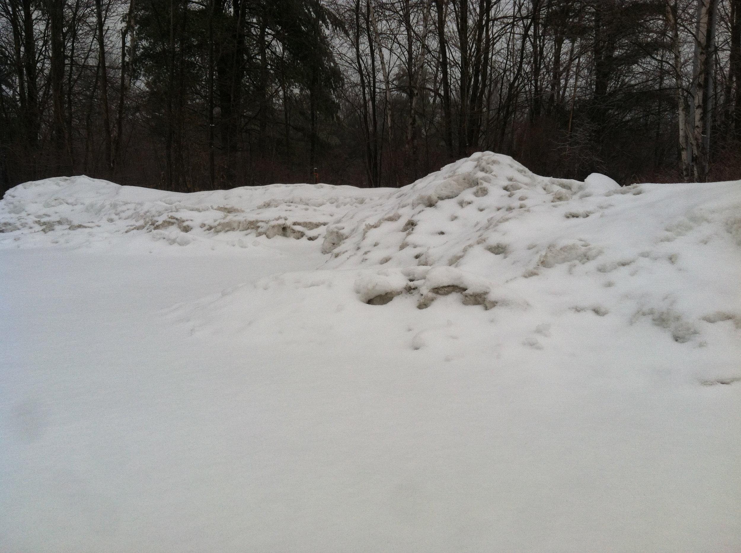 Snow berms: 4-5' high.