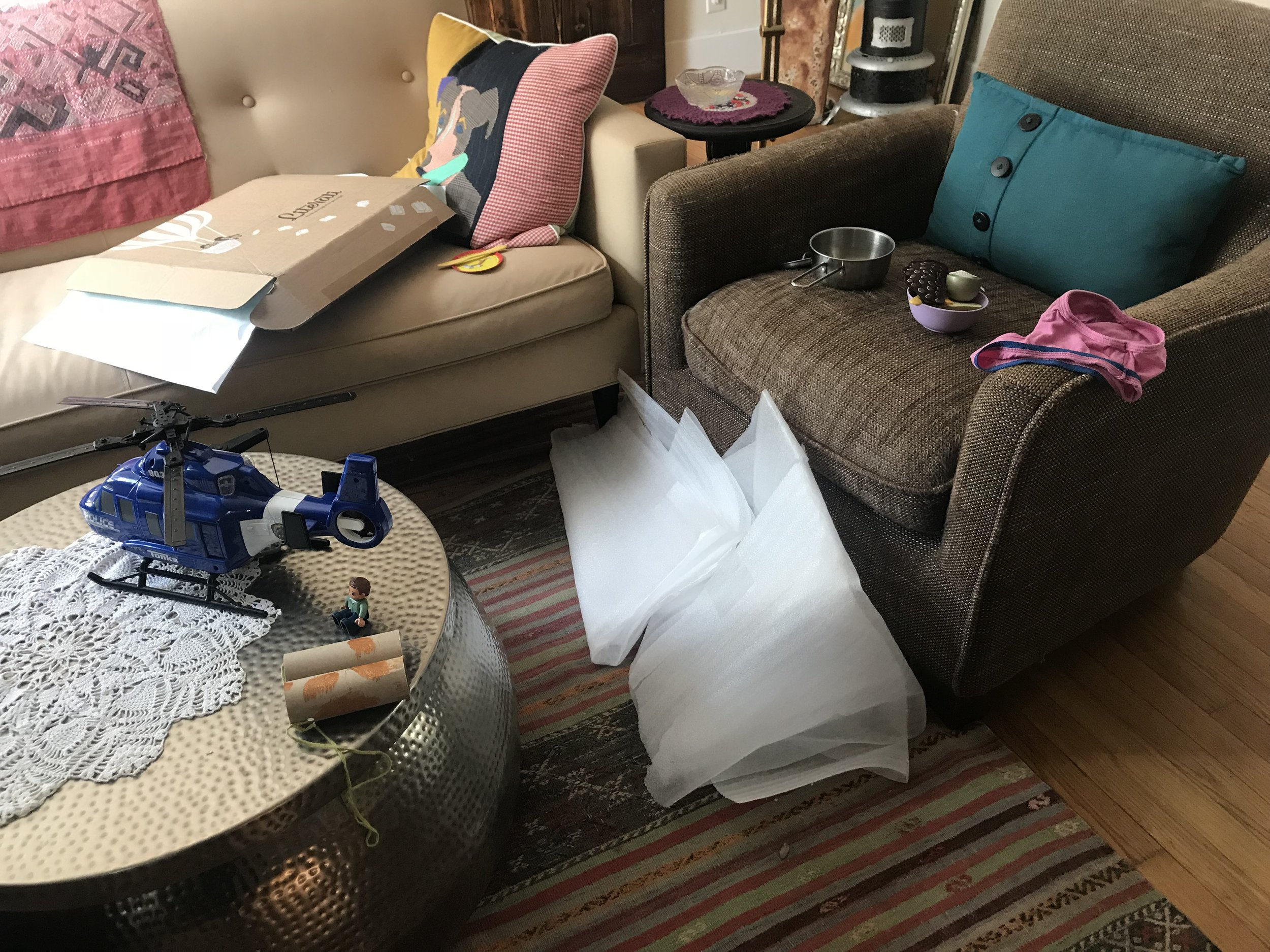 austin family photographer real life house mess