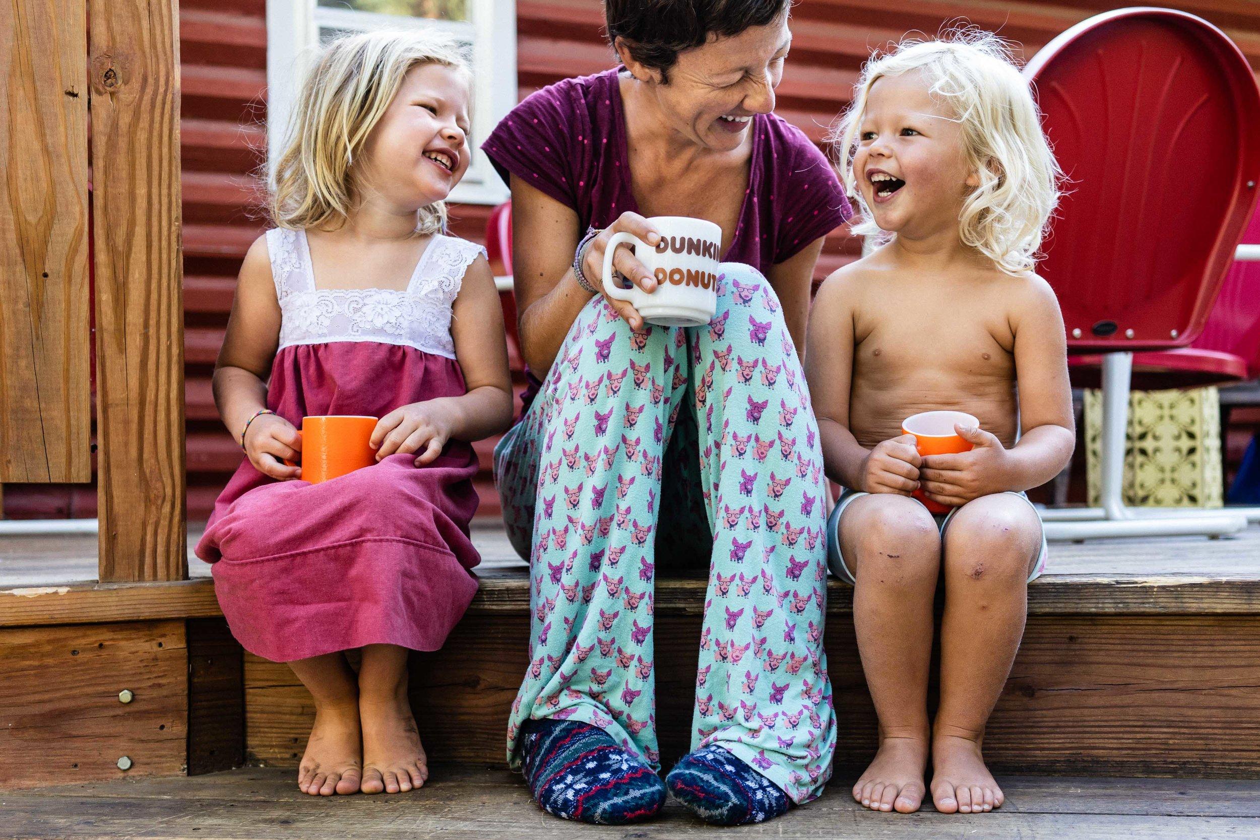 austin lifestyle photographer - documentary family photography