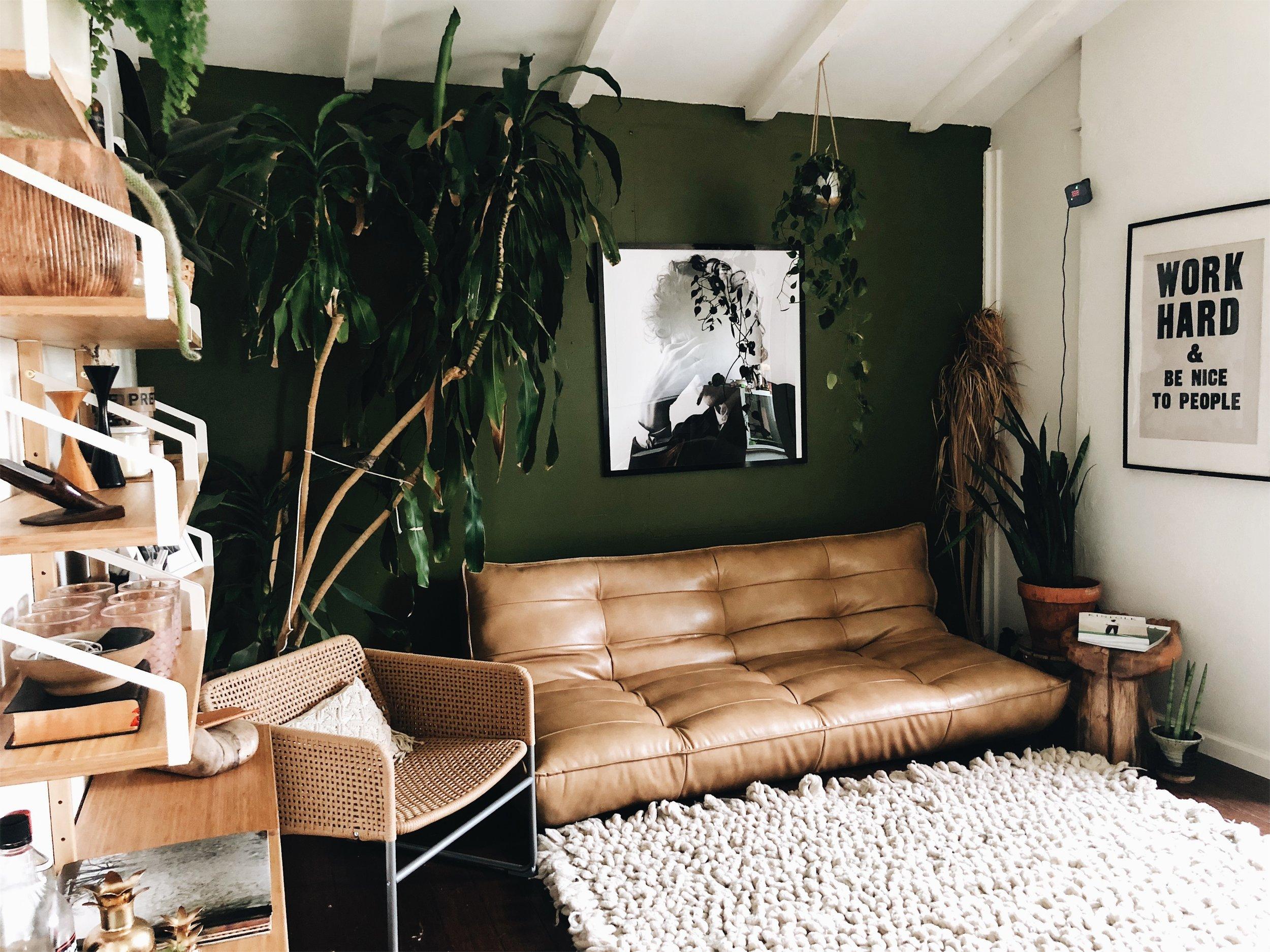 Attachment-7-interior-design-urbanoutfittersf.jpeg