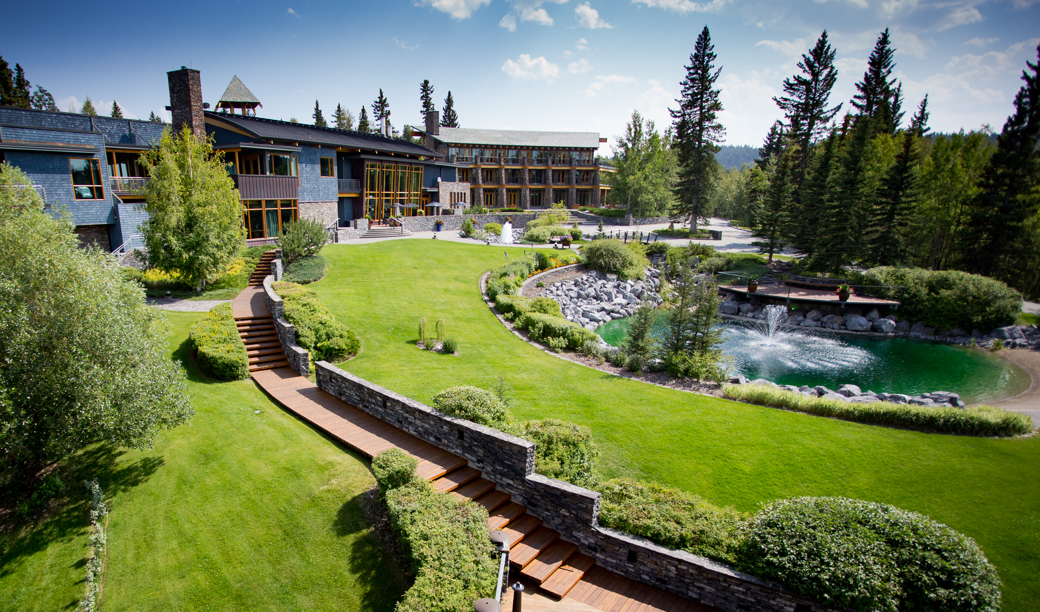 The Azuridge, Priddis Alberta