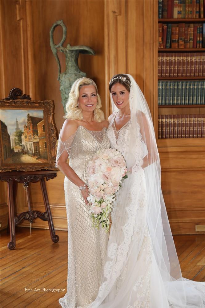 Photography: Fine Art NY  Venue: Oheka Castle  Hair: Tiffany Joy Designs  Makeup: Christie Puccio & Elizabeth Aiello
