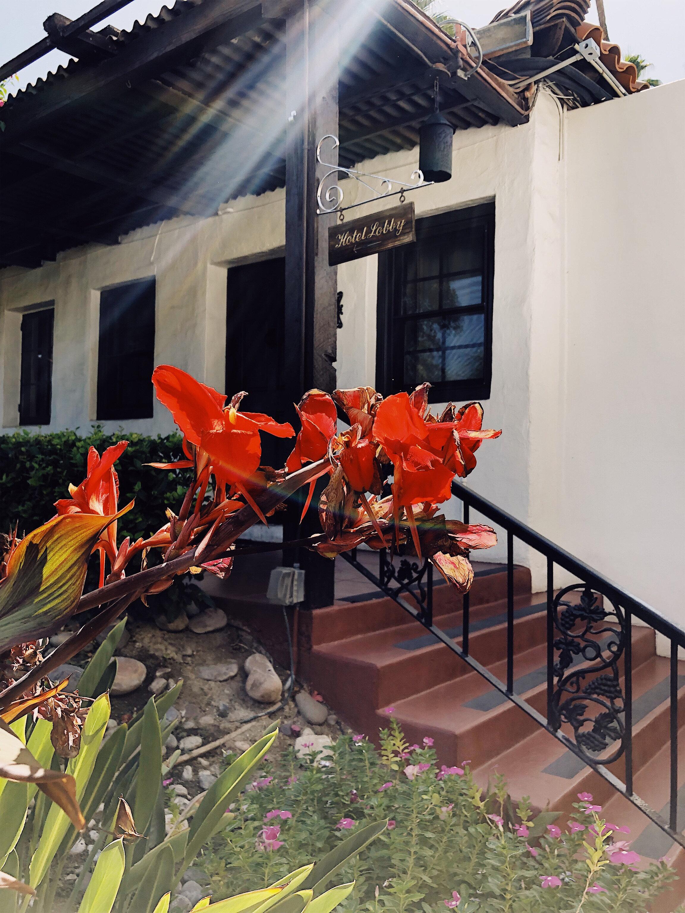 Hotel Lobby 1.jpg