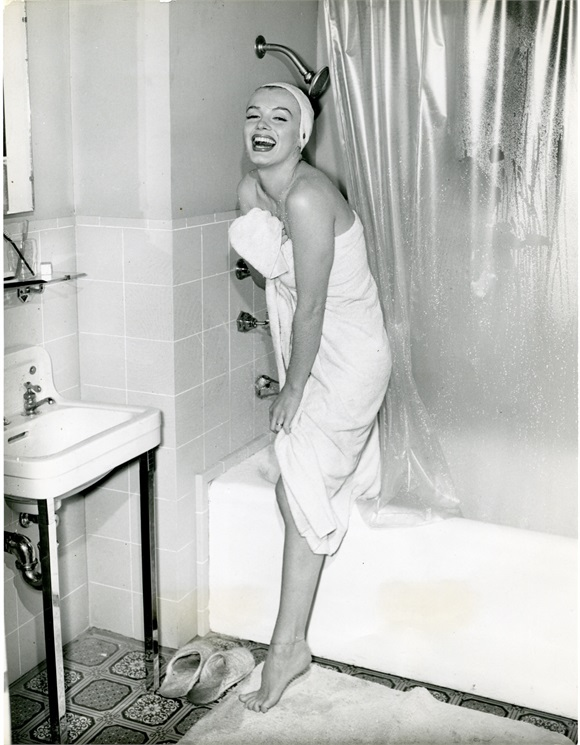 Smiles and suds can cure any rough week at work: Photo via Vogue