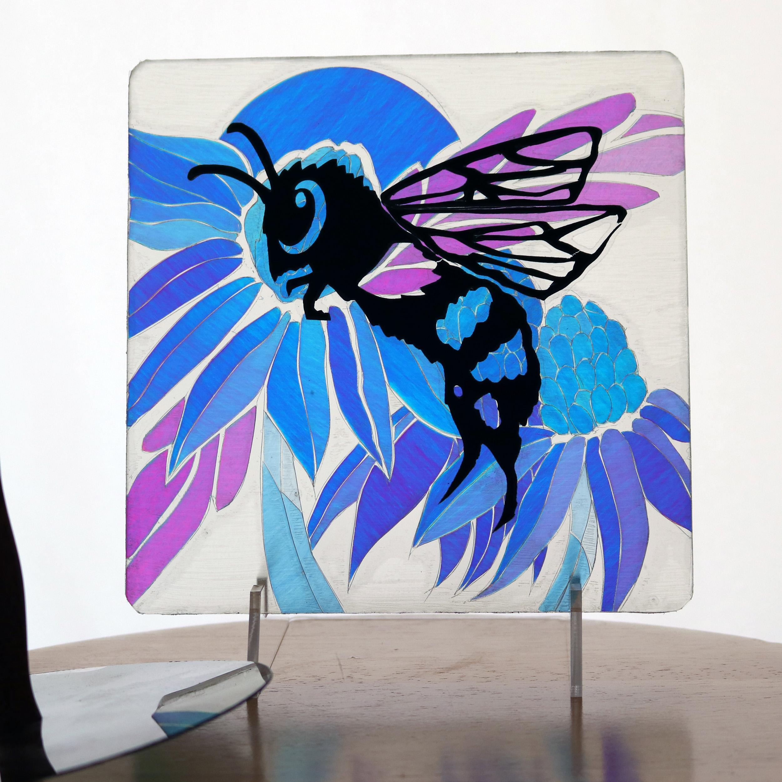 6072 Bee-table-1.jpg