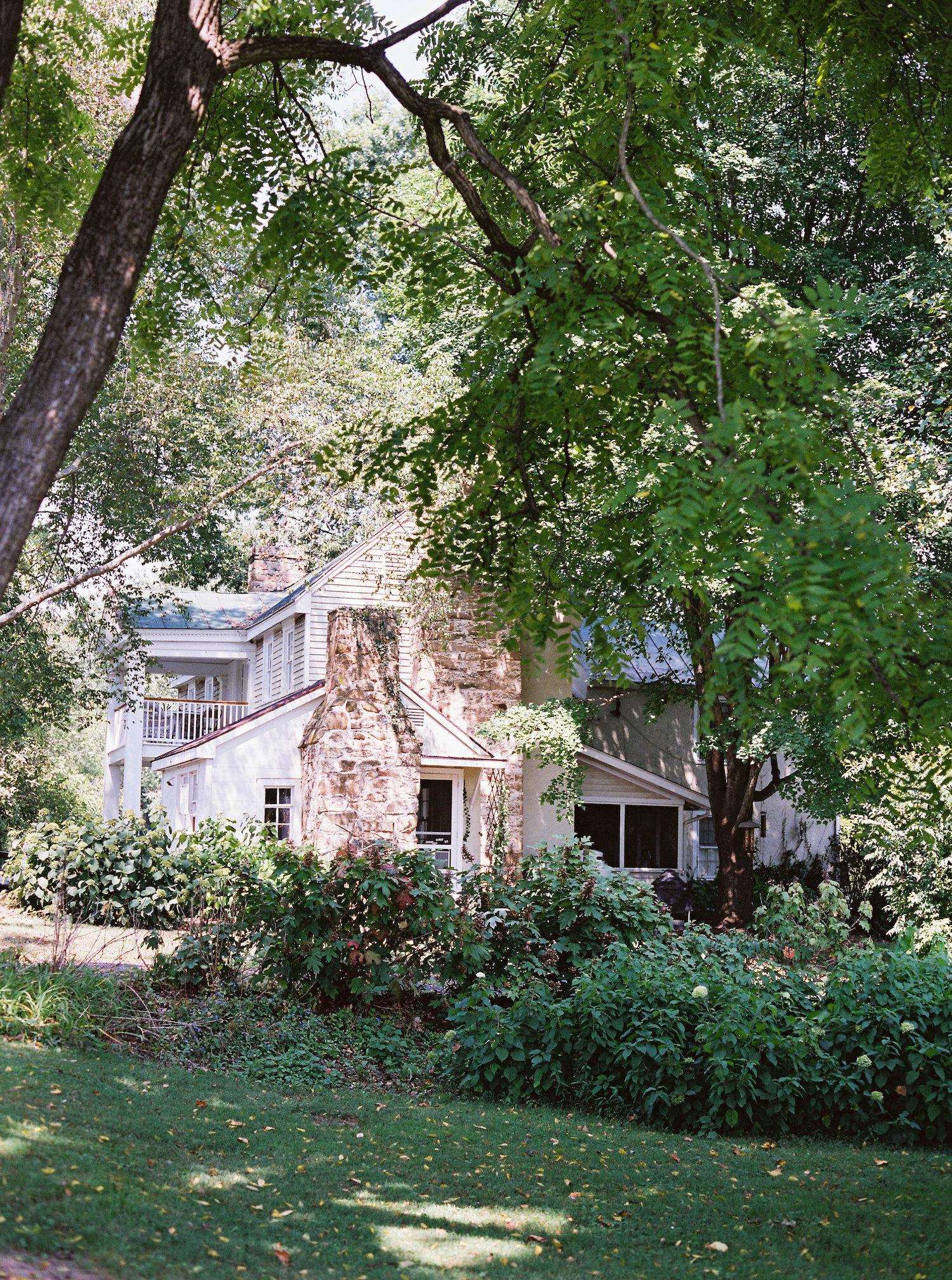 farmhouse_entireview.jpg