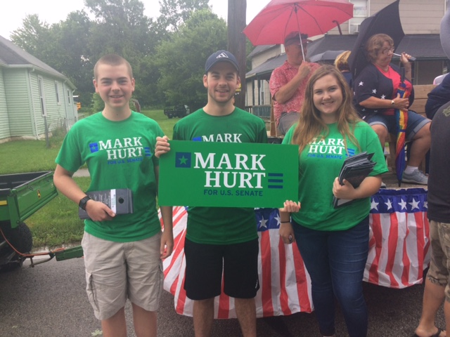 Thank you Tim and Nick Bennett and Kaitlyn Ewing for joining me at the Peru Circusparade. It was fun even though we walked in the rain.