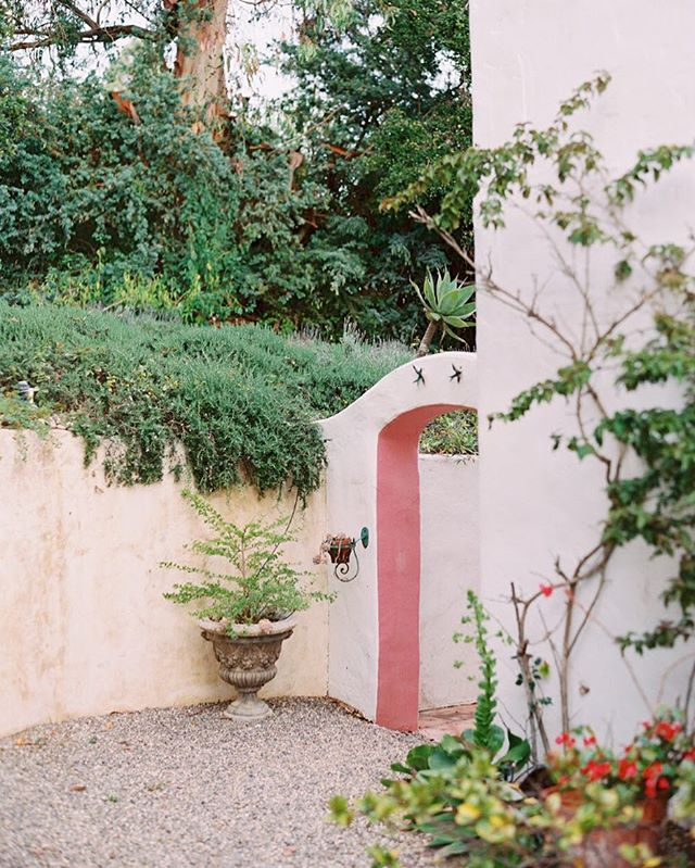 Missing my former home of Santa Barbara today and can't wait to be back up there soon for work. There is so much natural beauty and detail throughout - even in the smallest of nooks and places 💕 📷: @valglidden from one of my favorite private estates in Montecito.