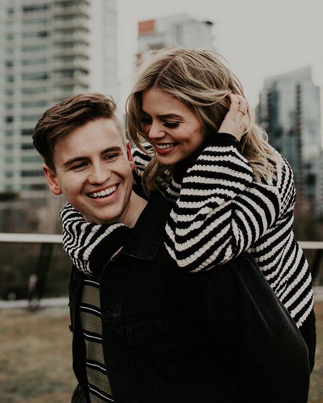 Noah & Allie/ Tess & Josh same same 💁🏻♀️💁🏻♀️. #dirtybootsmessyhair #lookslikefilm #wildloveadventures #wildlove #photobugcommunity #vancouverweddingphotographer #hycroftmanor #swanesetwedding #loveandwildhearts #explorebc #pnwphotographer