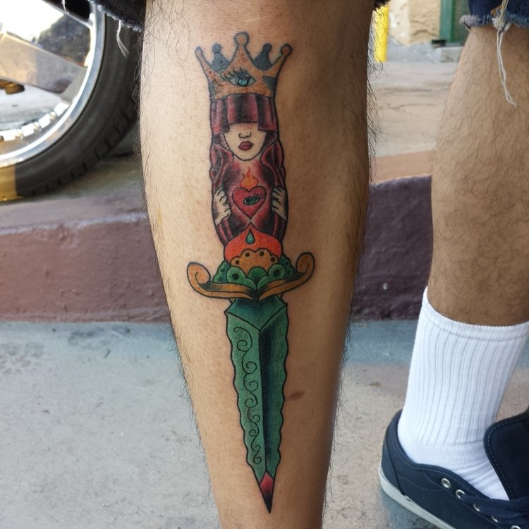 Queen Dagger on shin in color. Leg Sleeve tattoo.