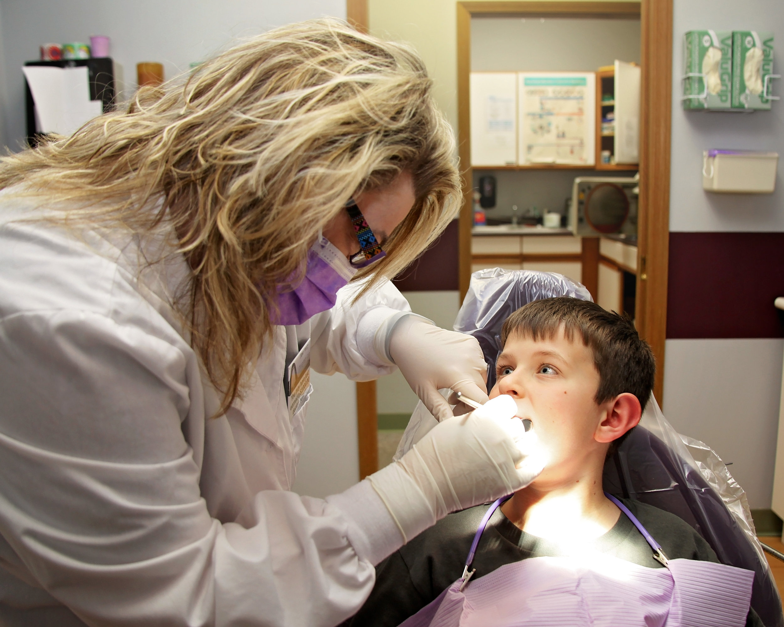 stacy davis dds llc dr davis with child patient